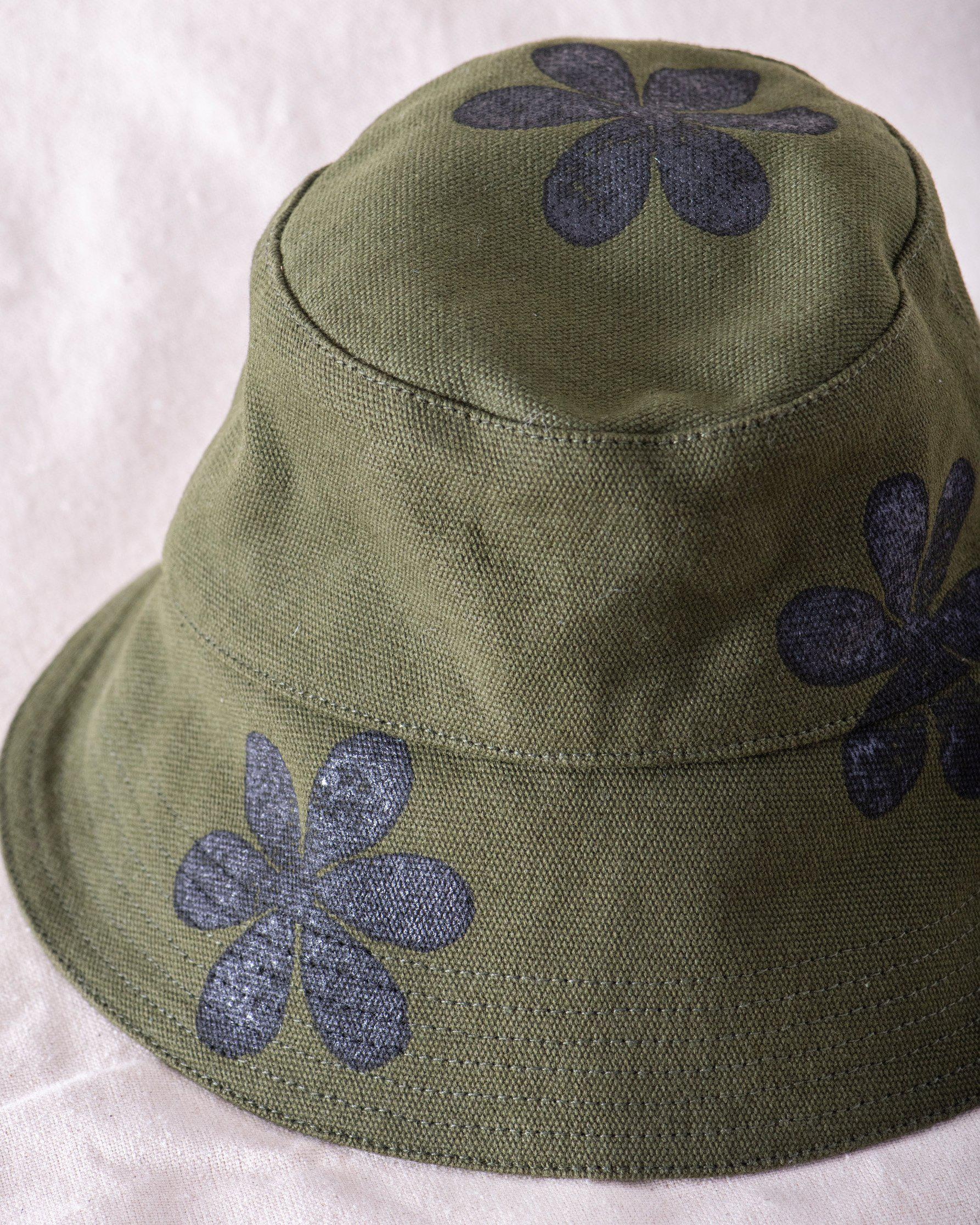 The Bucket Hat. -- Army with Daisy Stamp