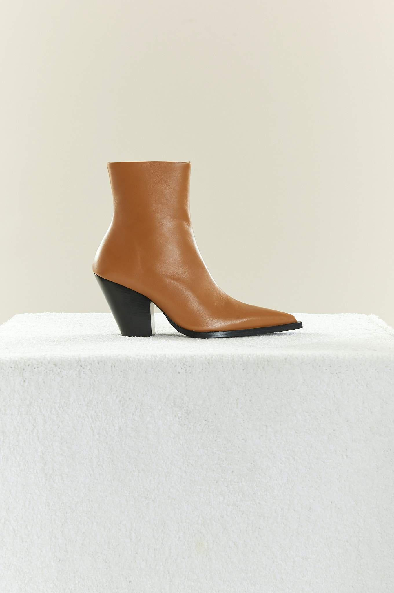 Pack Boot in Toffee