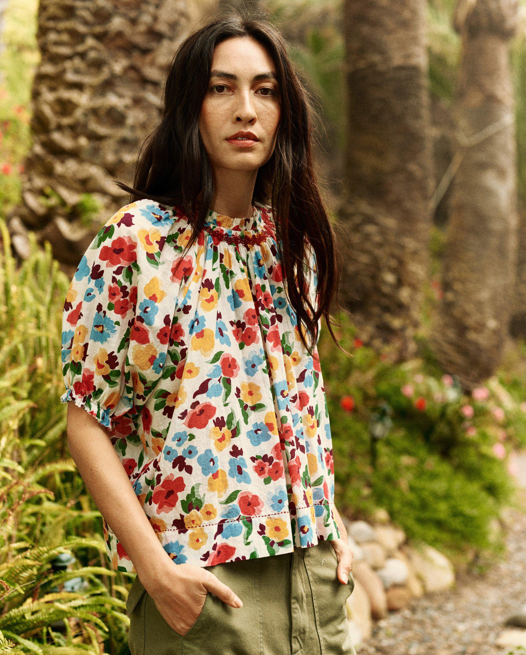 The Isle Top. -- Tropical Floral