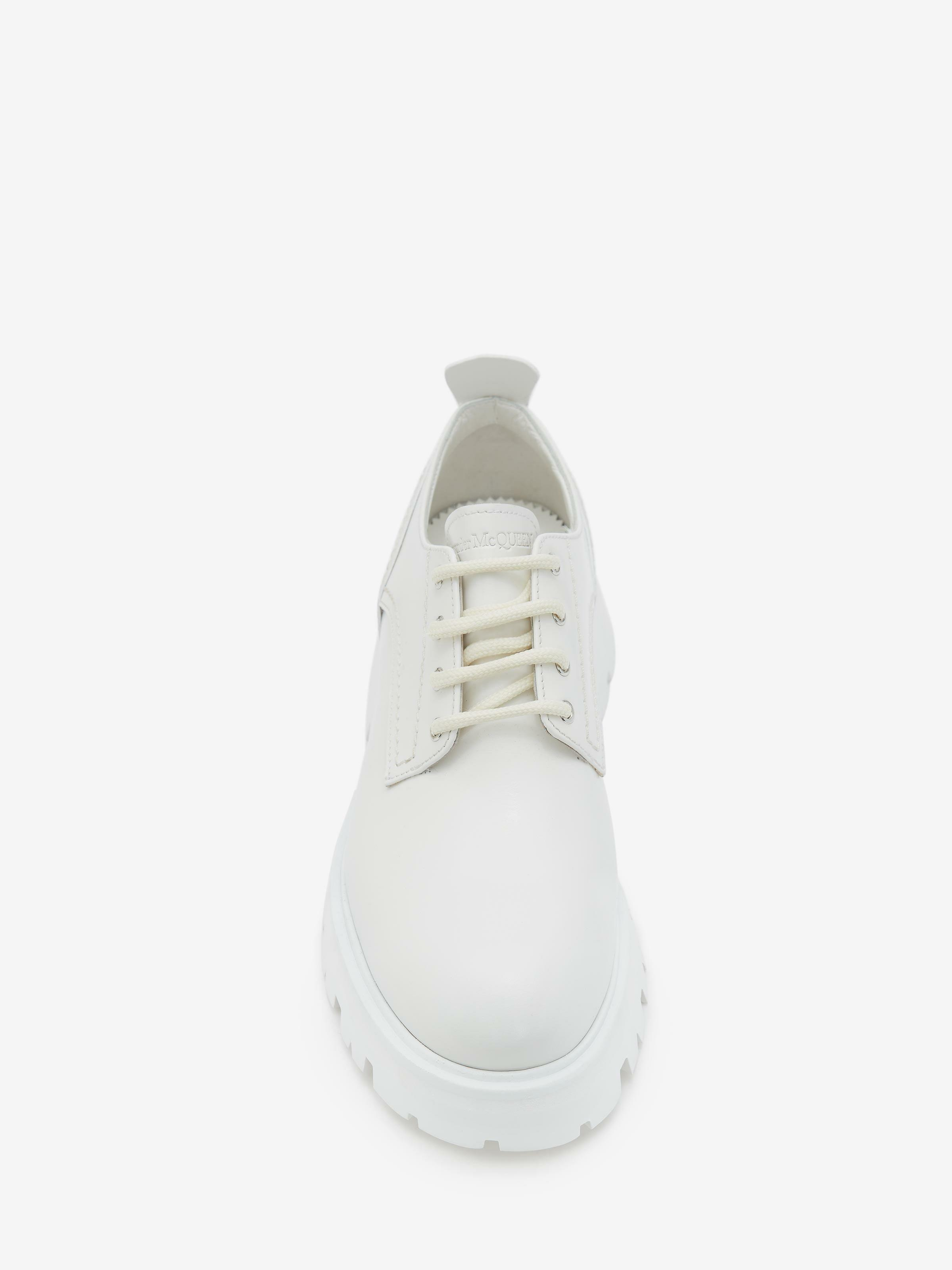 Wander Lace-Up 3