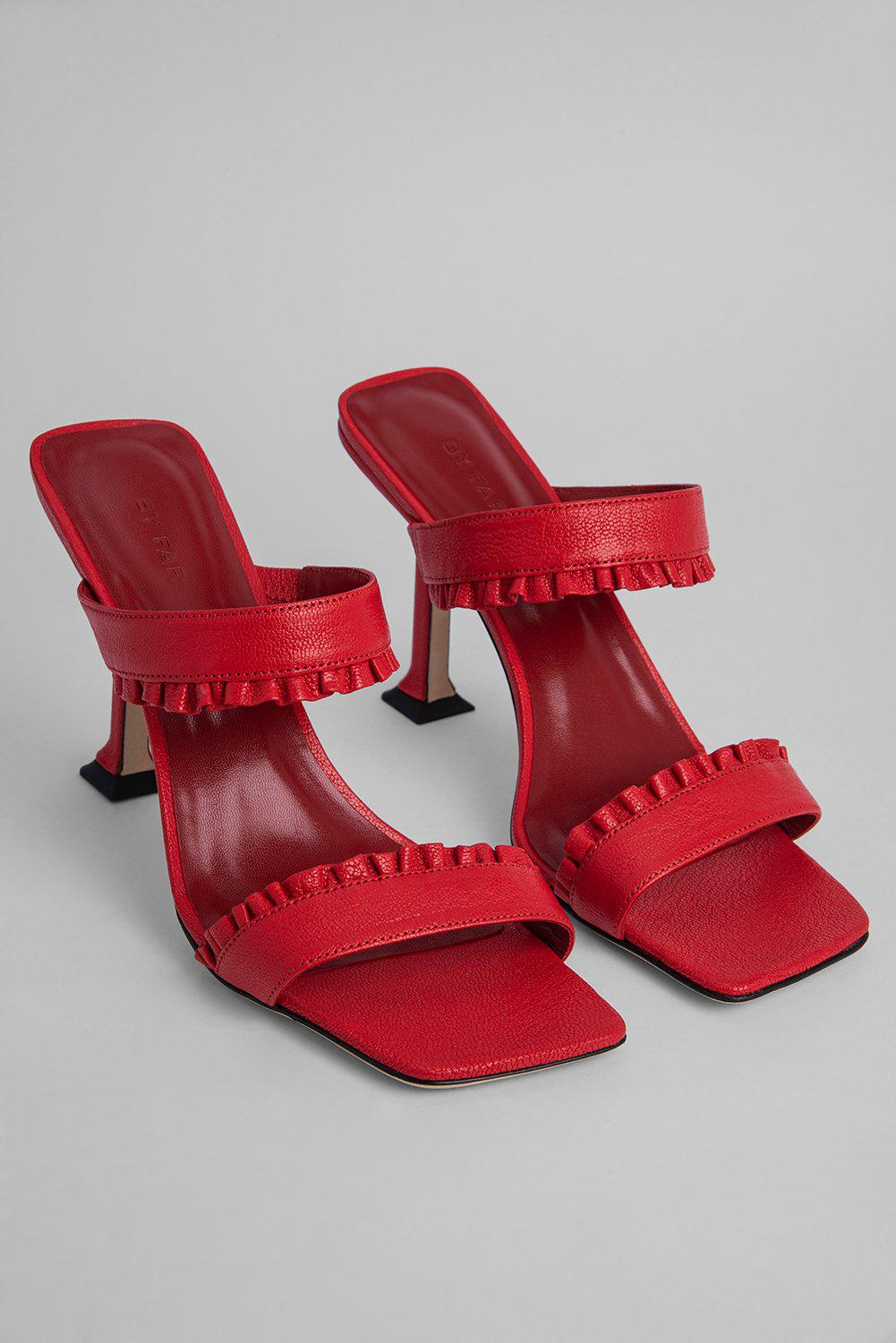 Pina Red Grained Leather 1
