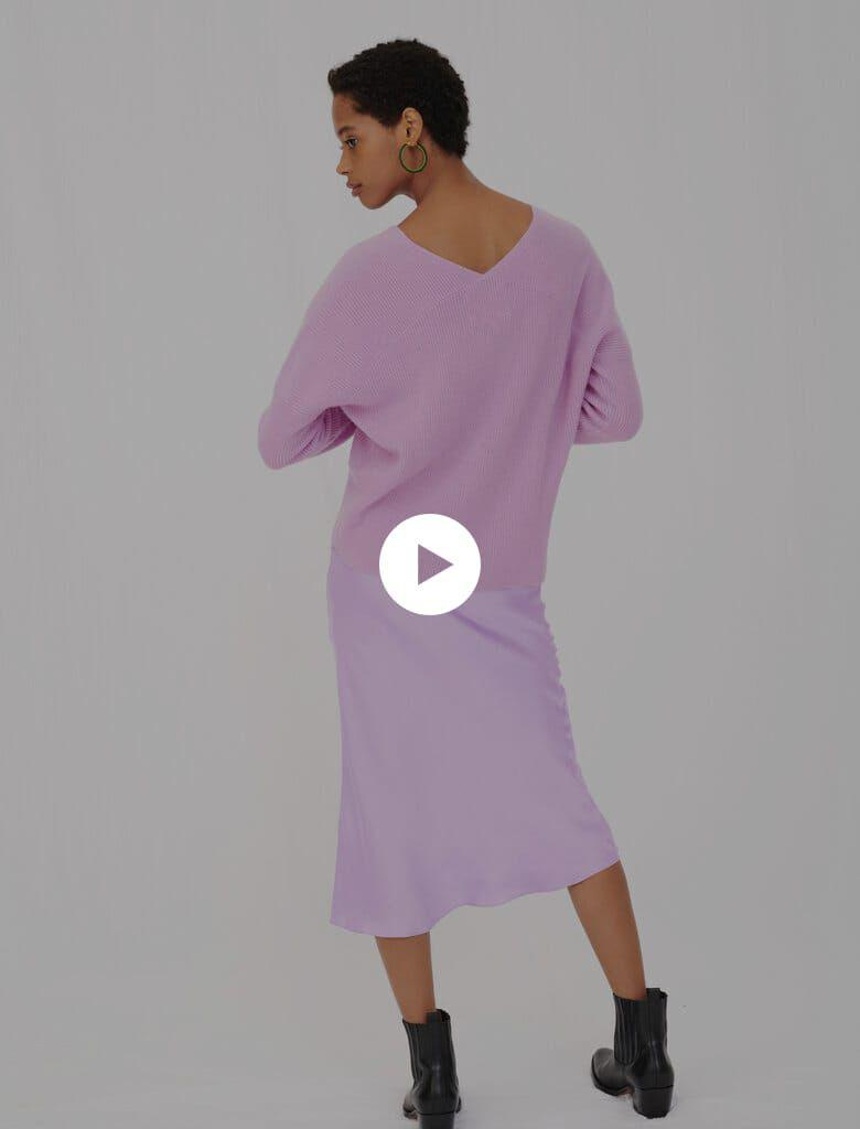 LOW-CUT RIBBED CASHMERE SWEATER 4