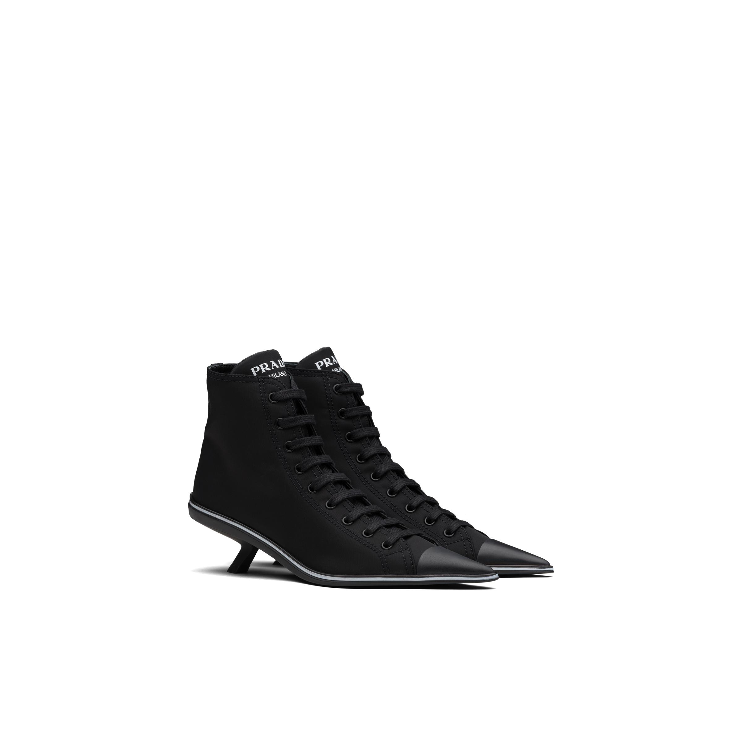 Synthesis Heeled High-top Sneakers Women Black