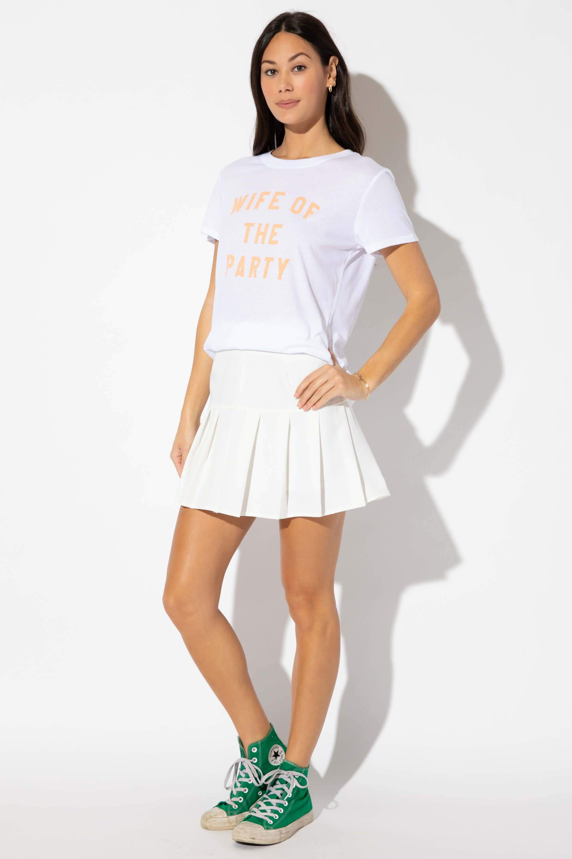 WIFE OF THE PARTY LOOSE TEE 2