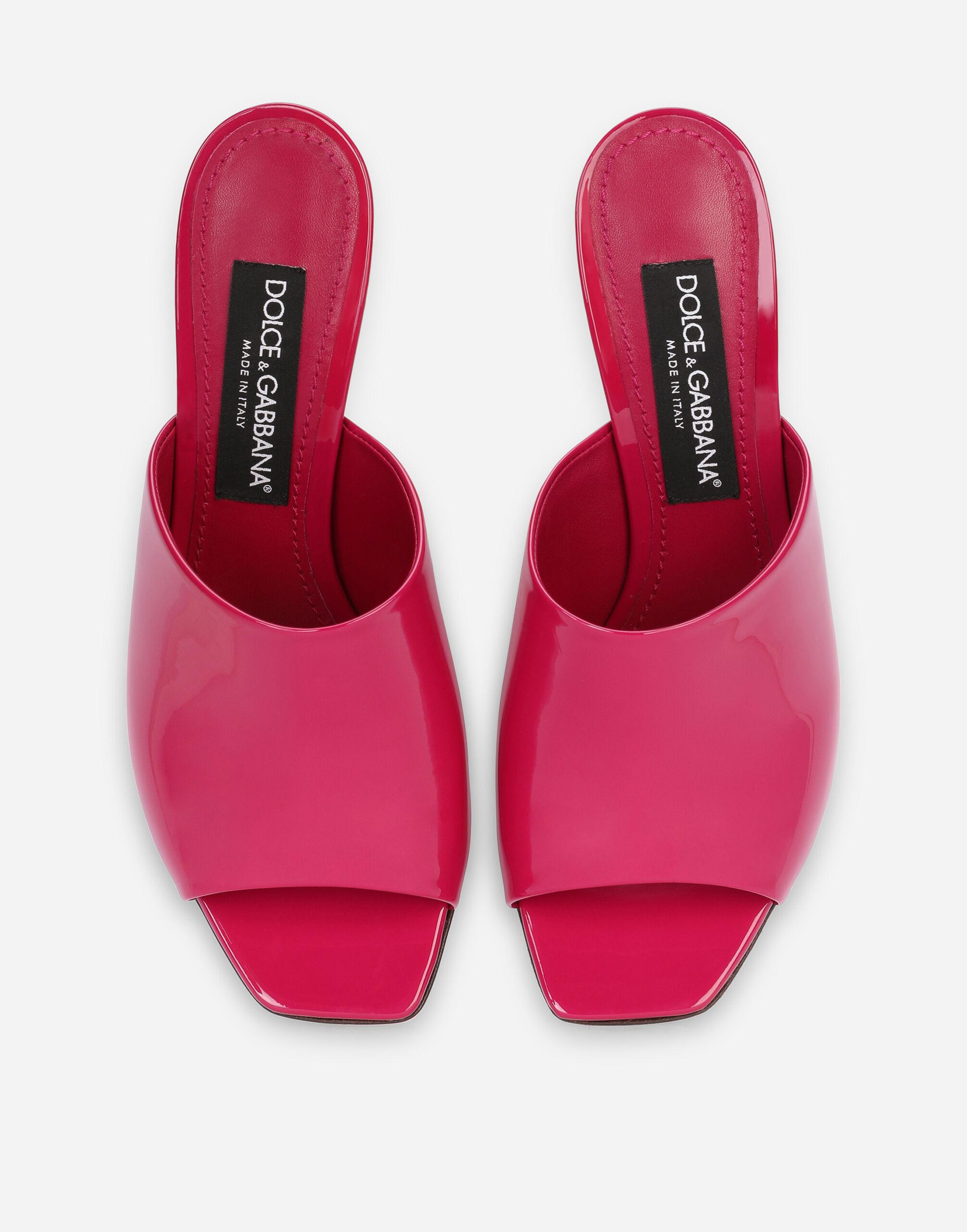 Patent leather mules with DG Pop heel 3