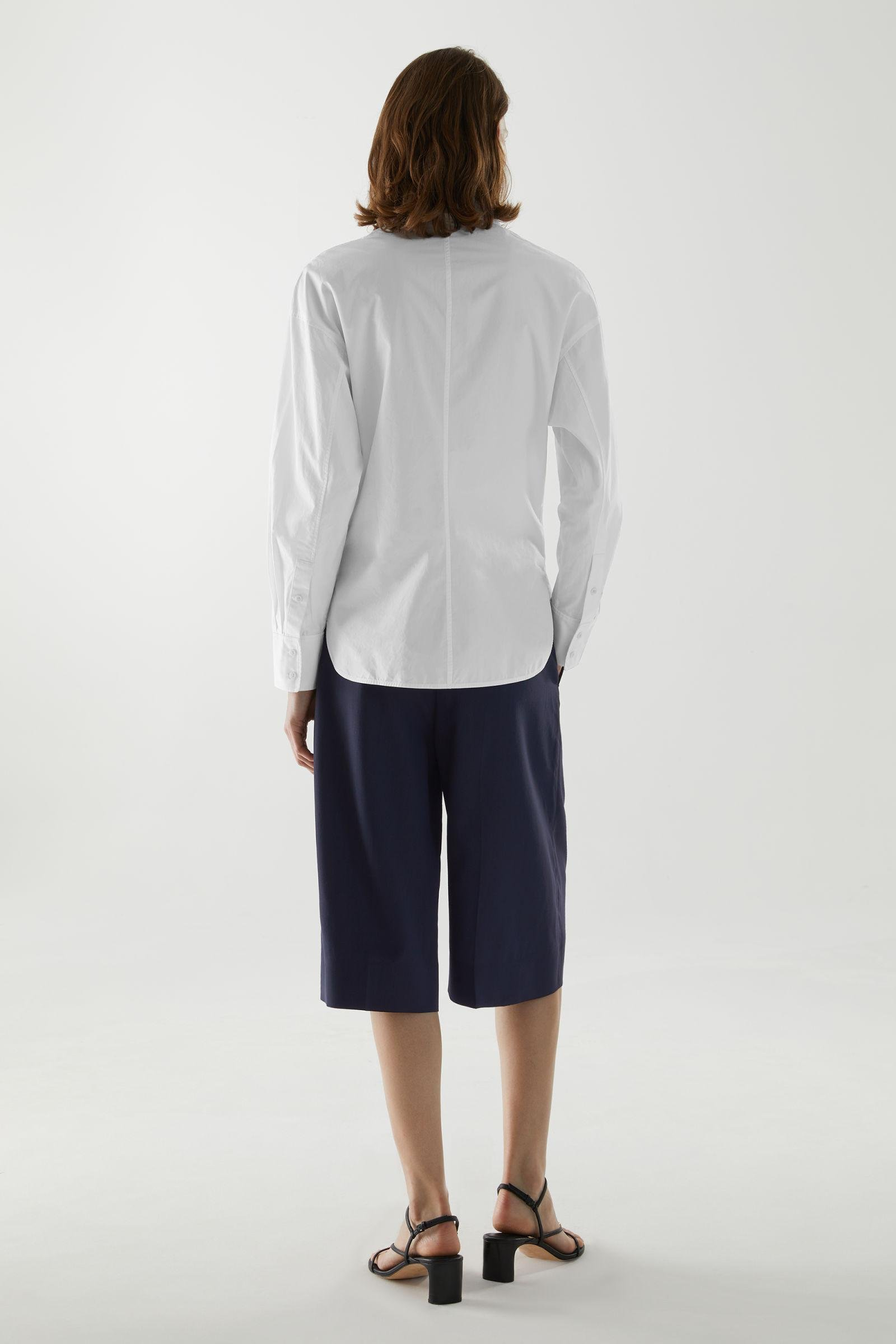 ORGANIC COTTON FITTED SHIRT 3