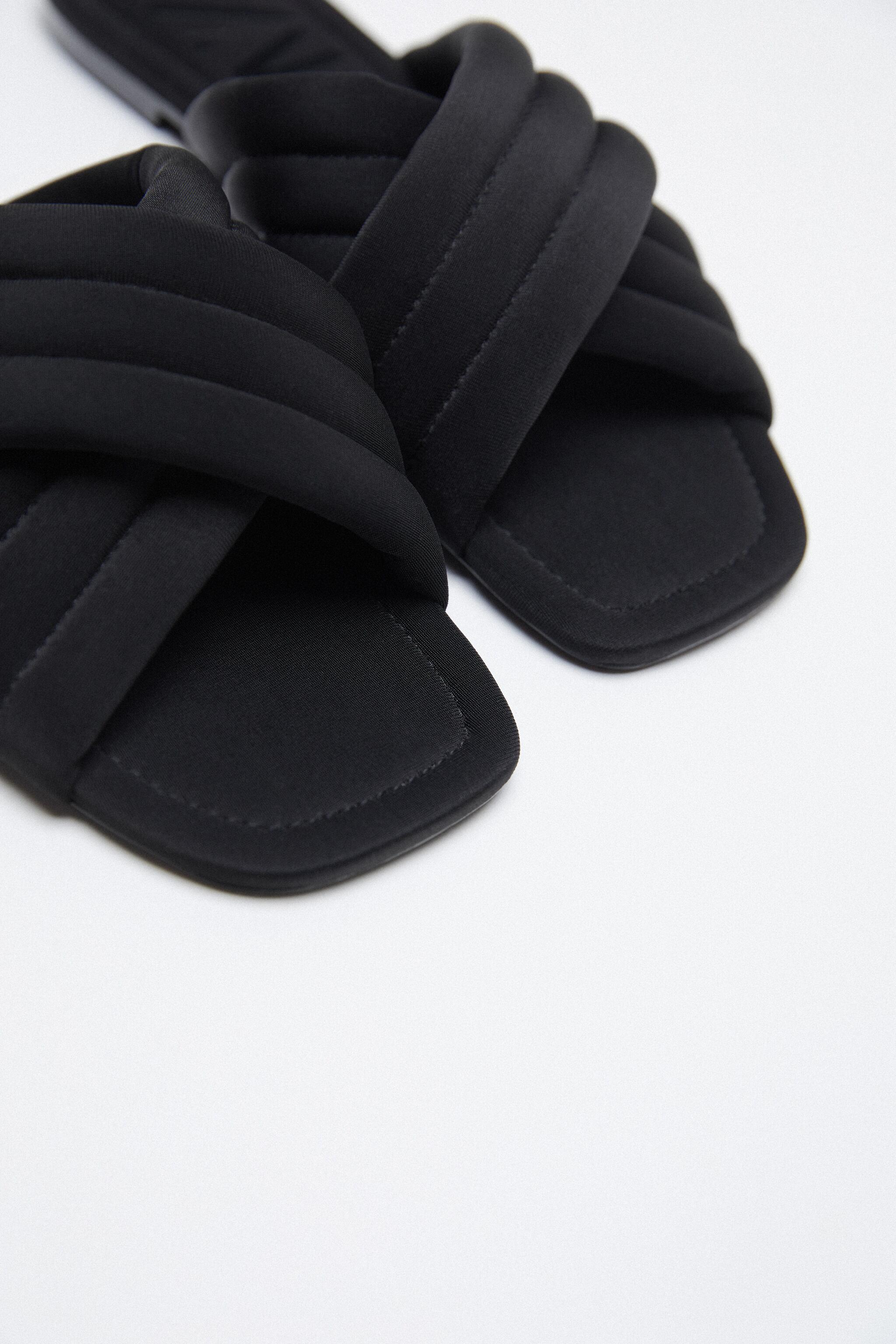 QUILTED SLIDES 3