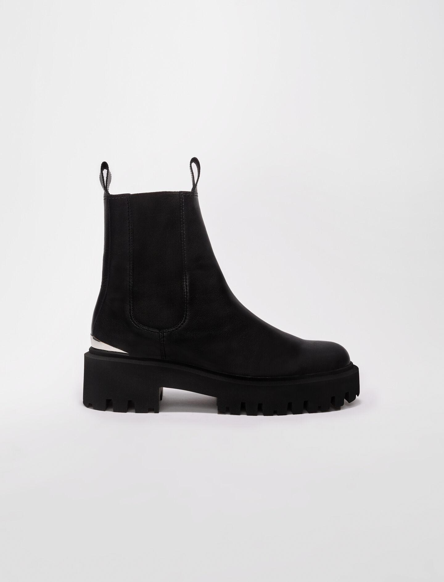 CHELSEA BOOTS WITH PLATFORM SOLE