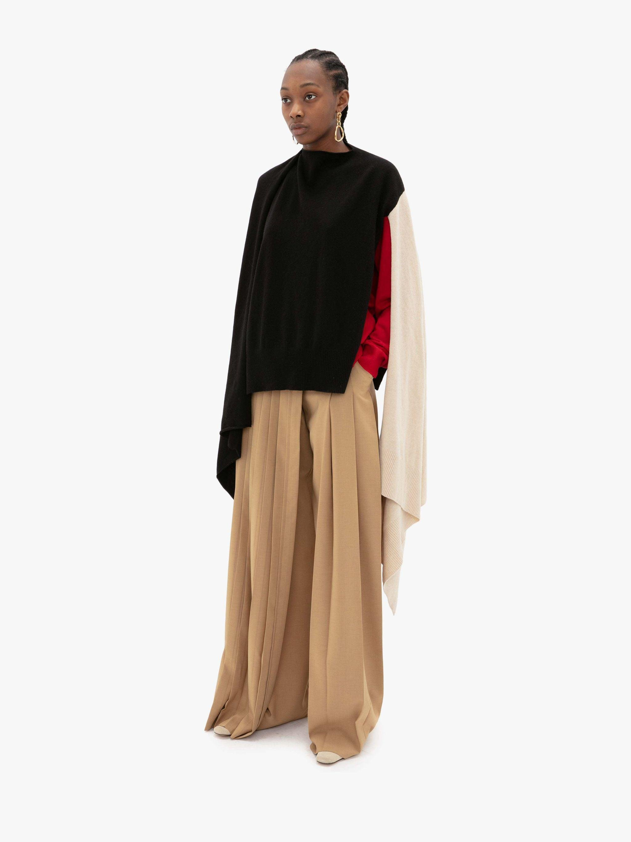 PLEATED SKIRT TROUSERS 1
