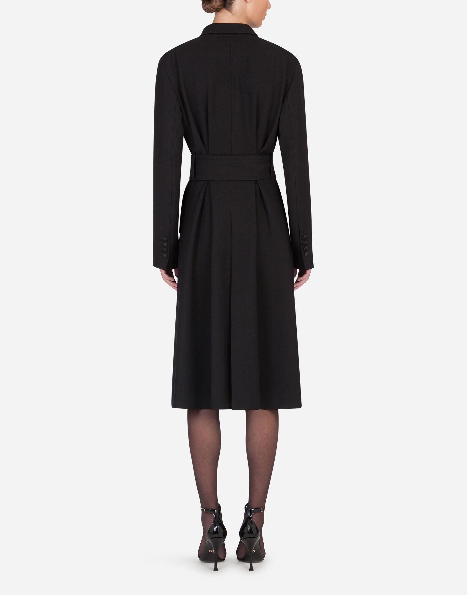 Belted double-breasted crepe coat 1