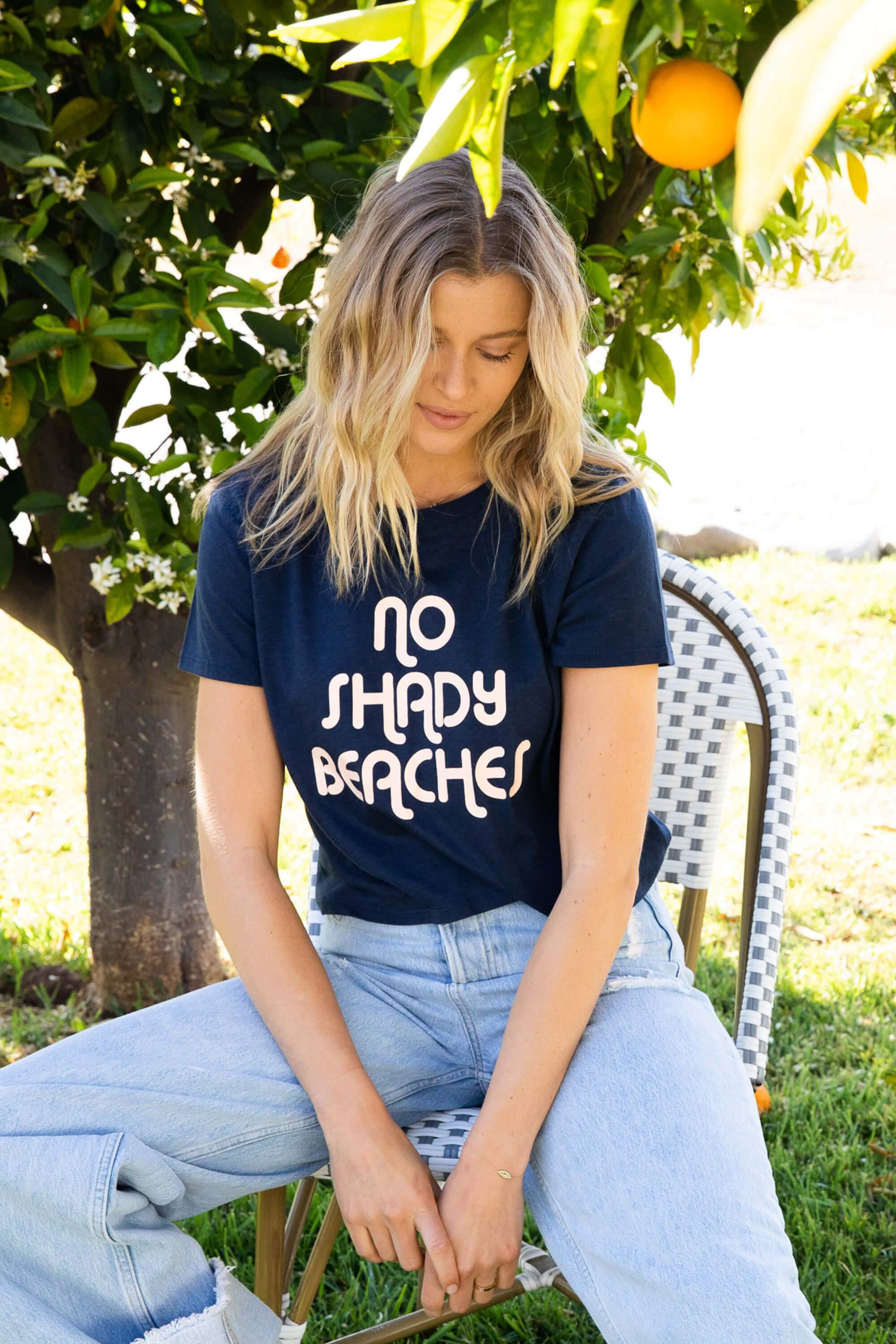 NO SHADY BEACHES DYLAN TEE