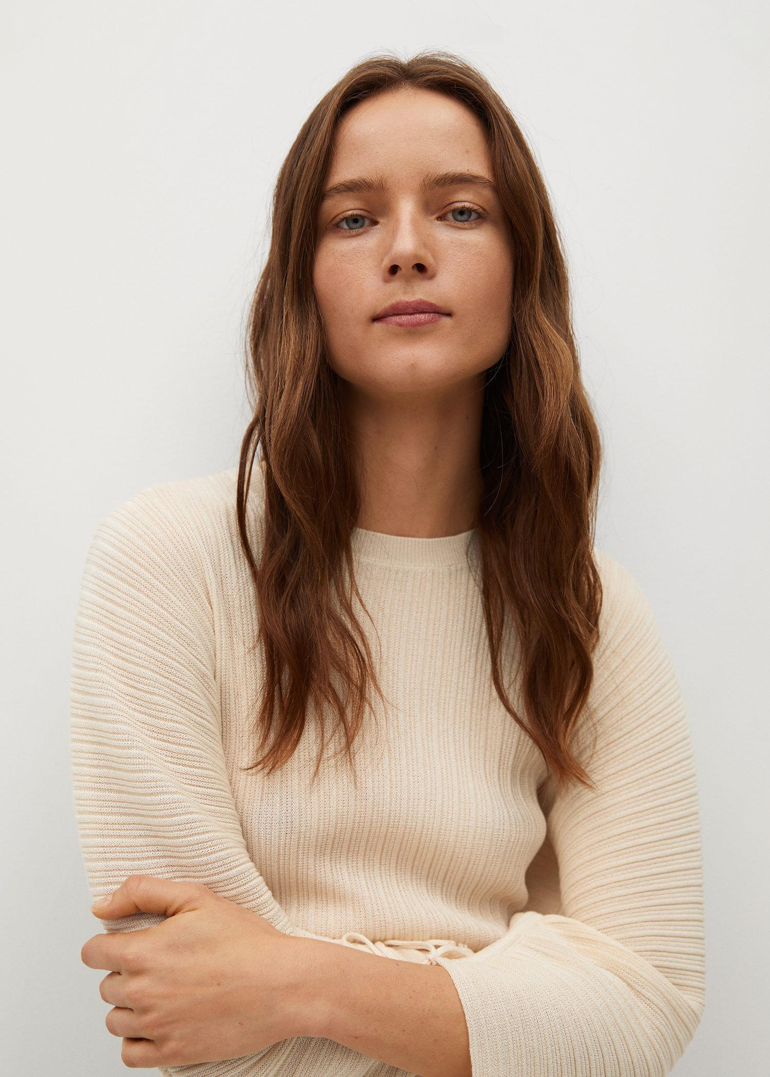Pleated knit sweater 3