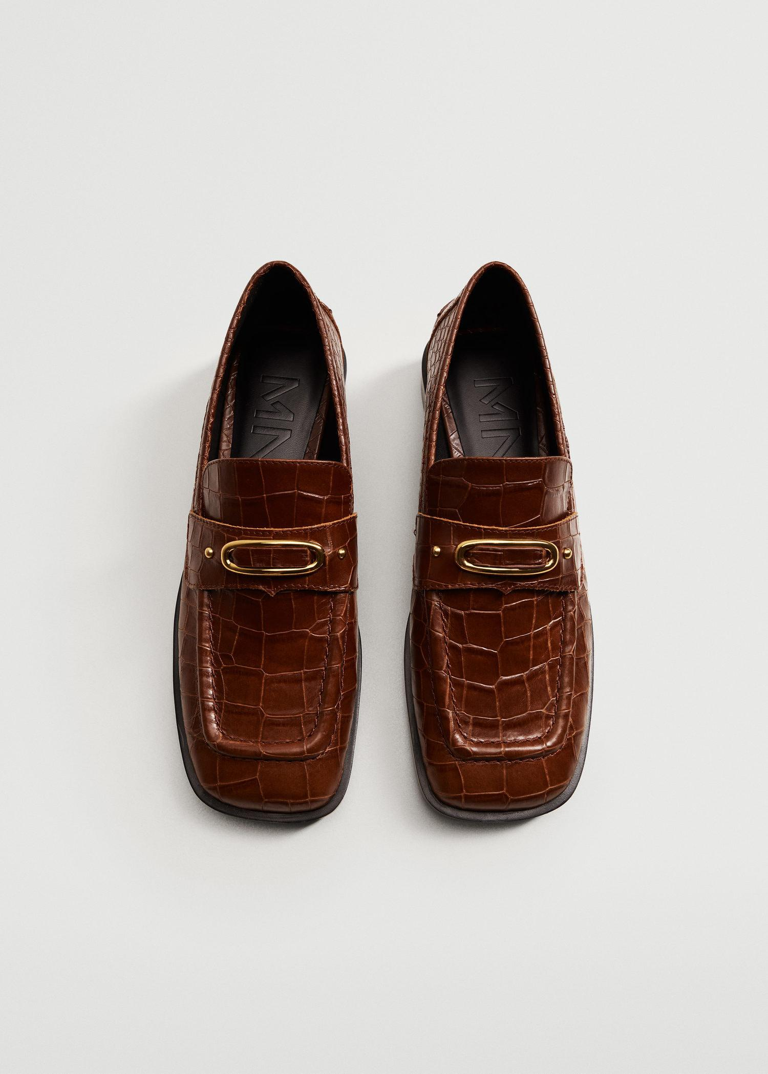 Buckle leather moccasins 4
