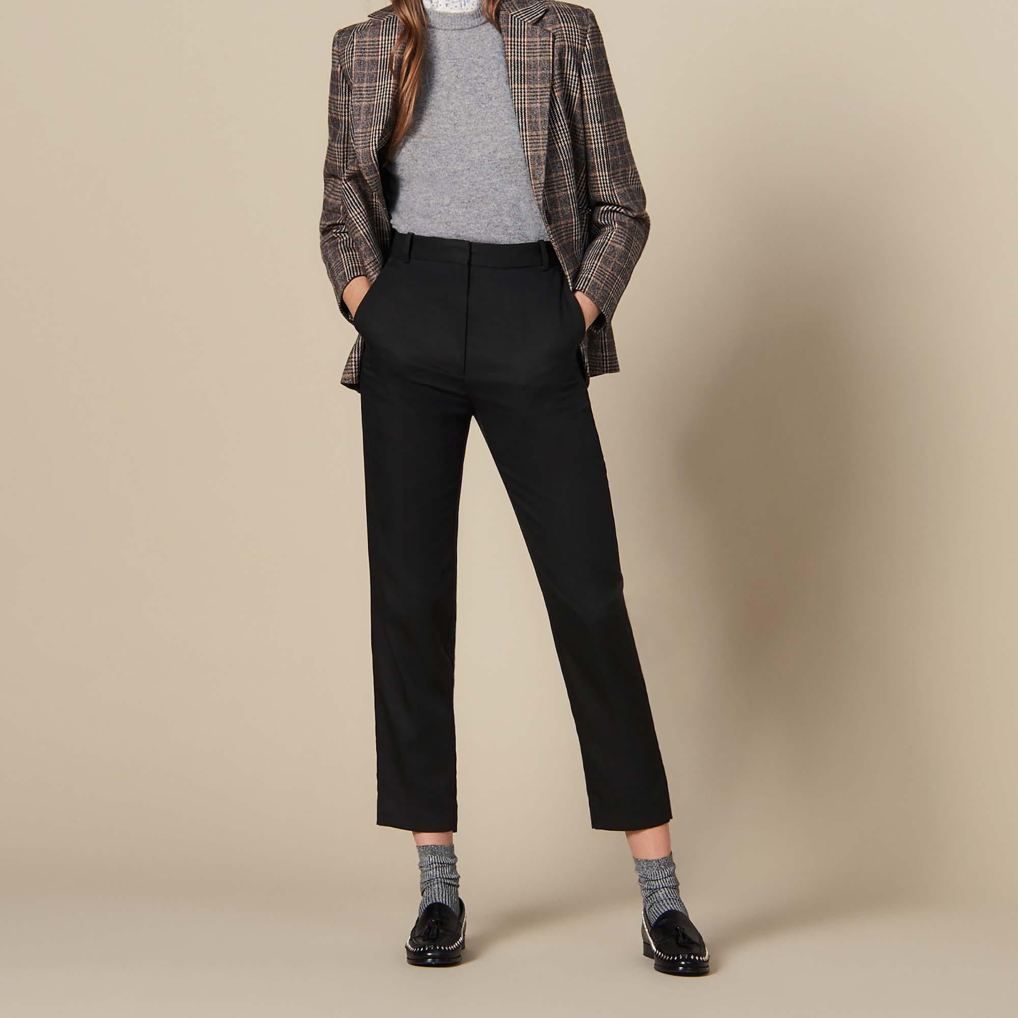 Fitted pants with pin tuck pleats