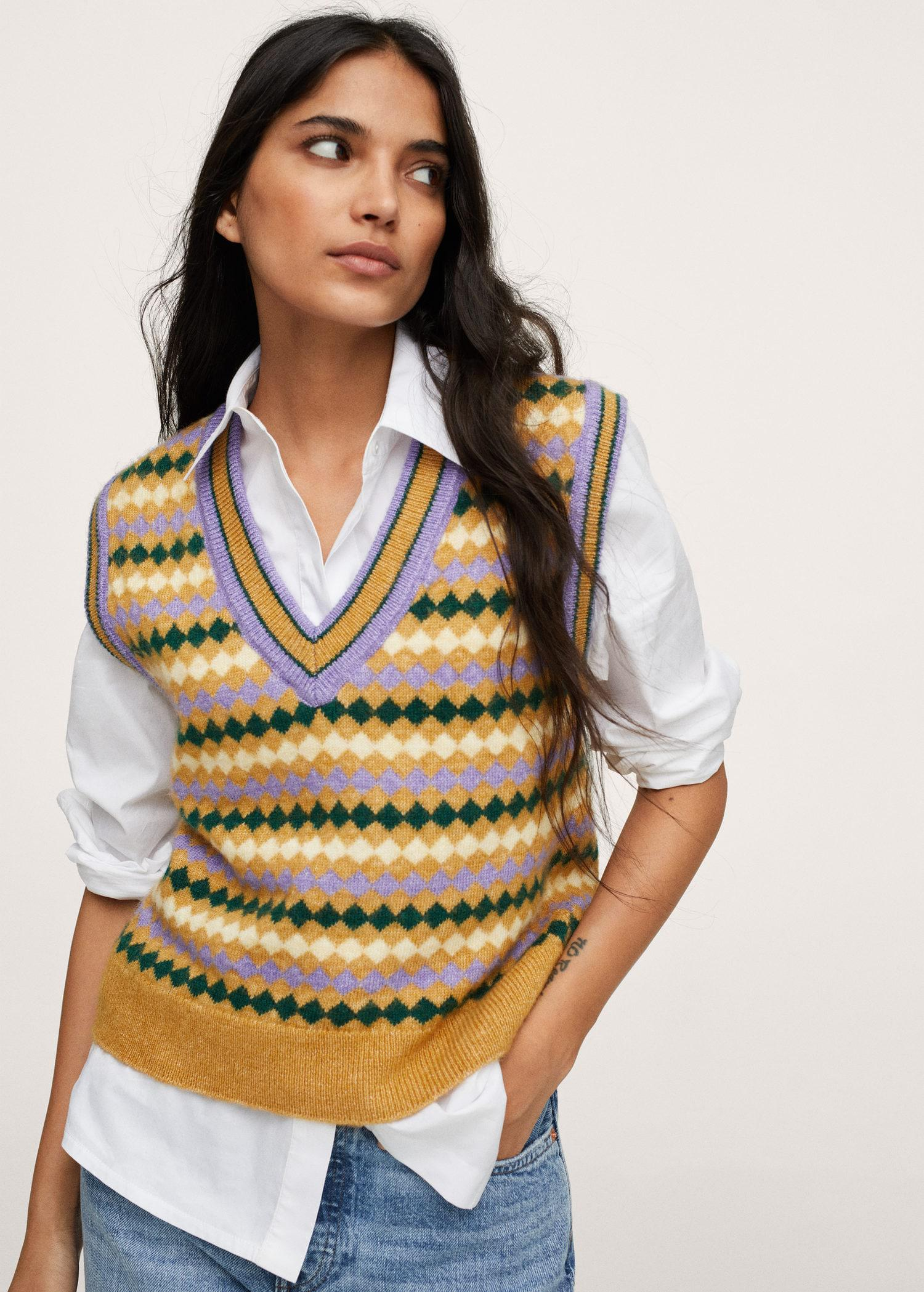 Knitted vest with print