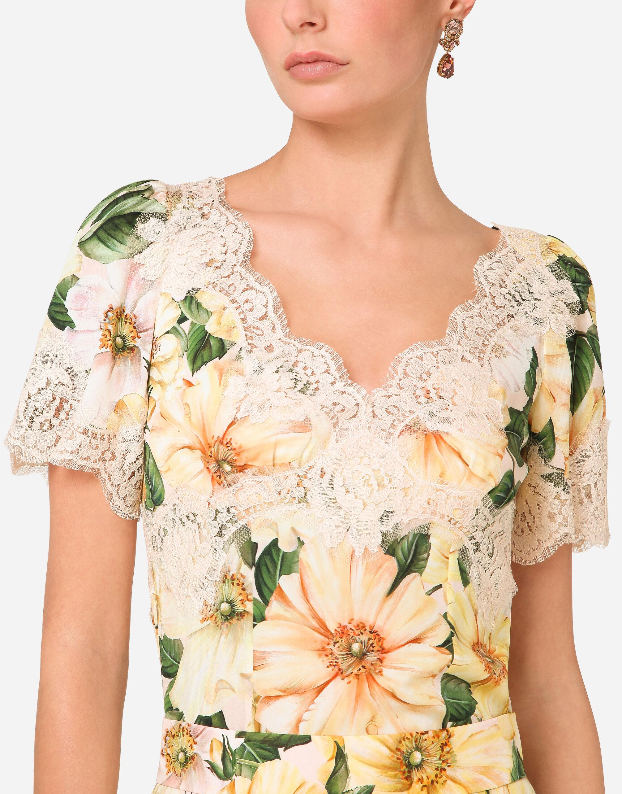 Camellia-print charmeuse top with lace details 4