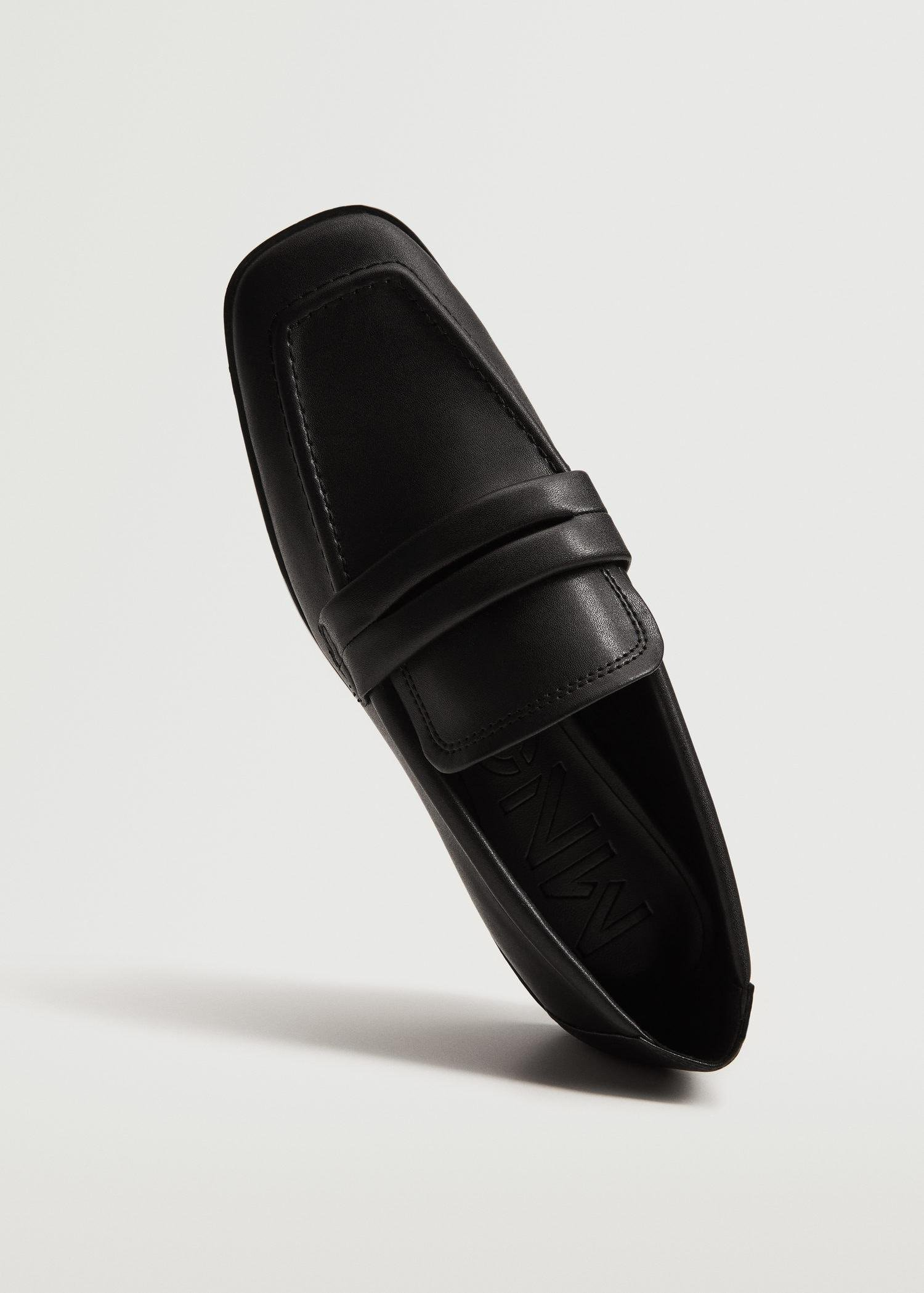 Pointed loafers 4