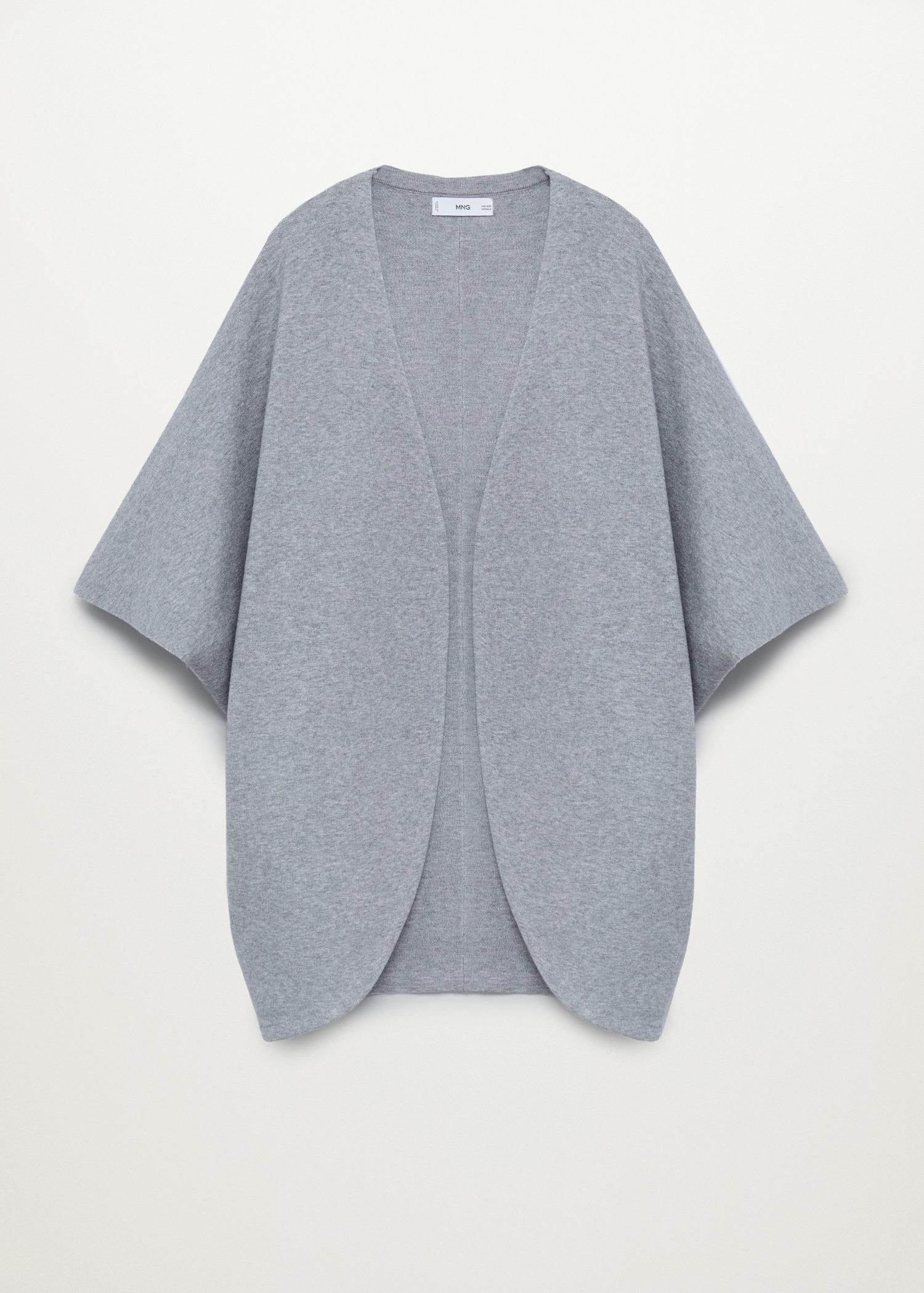 Oversized knitted cape 7