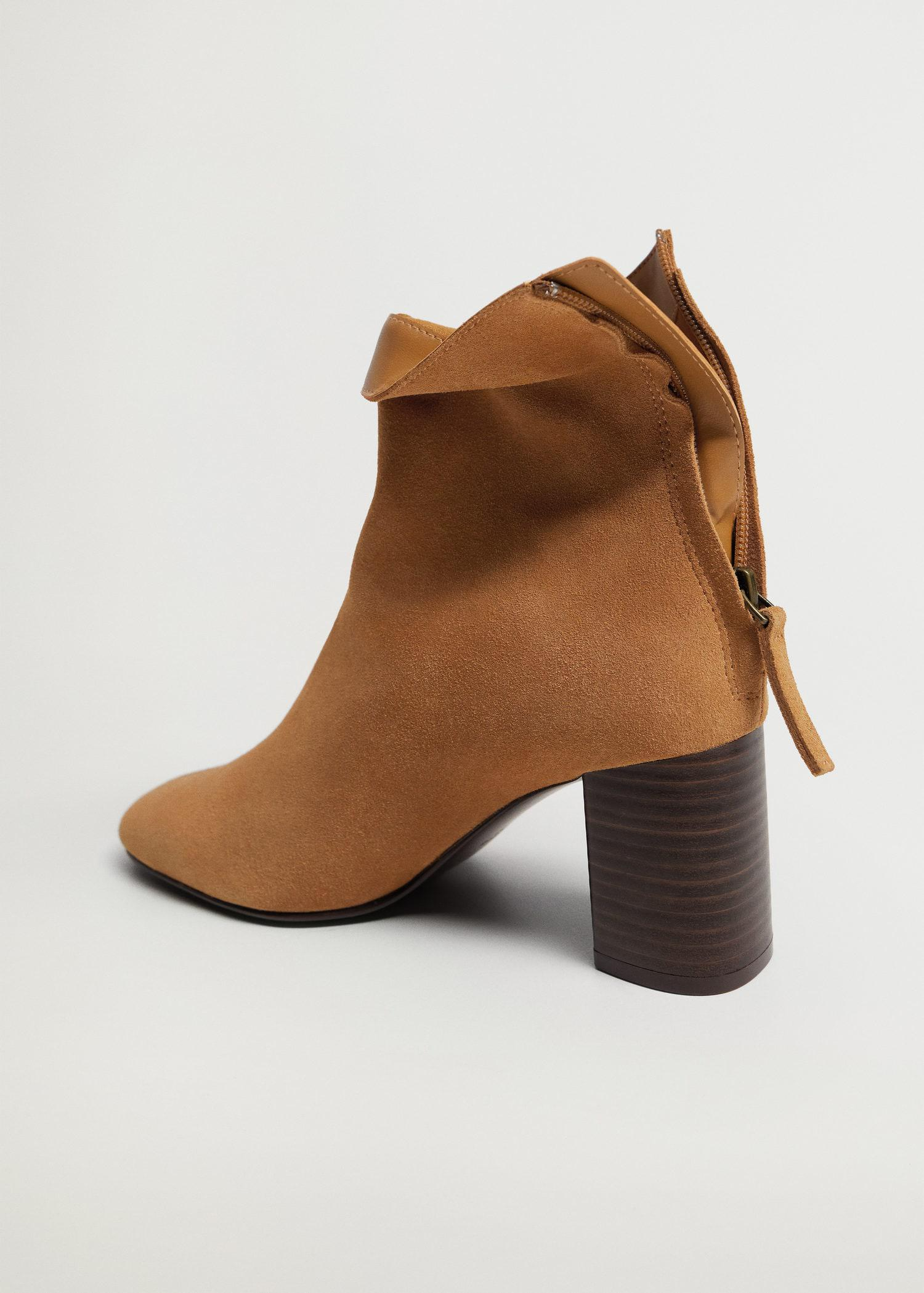 Suede leather ankle boots 3