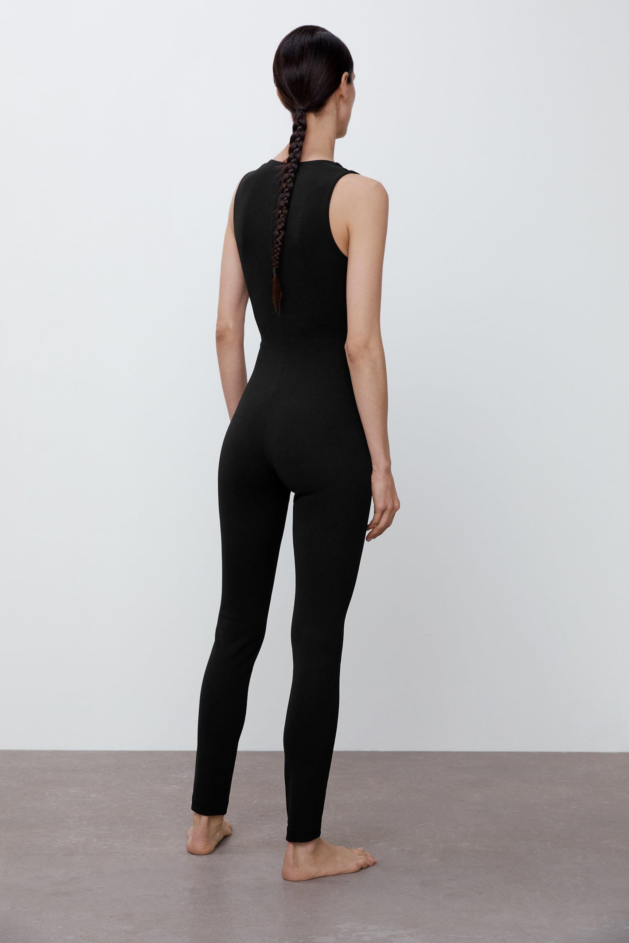 LONG FITTED JUMPSUIT 2