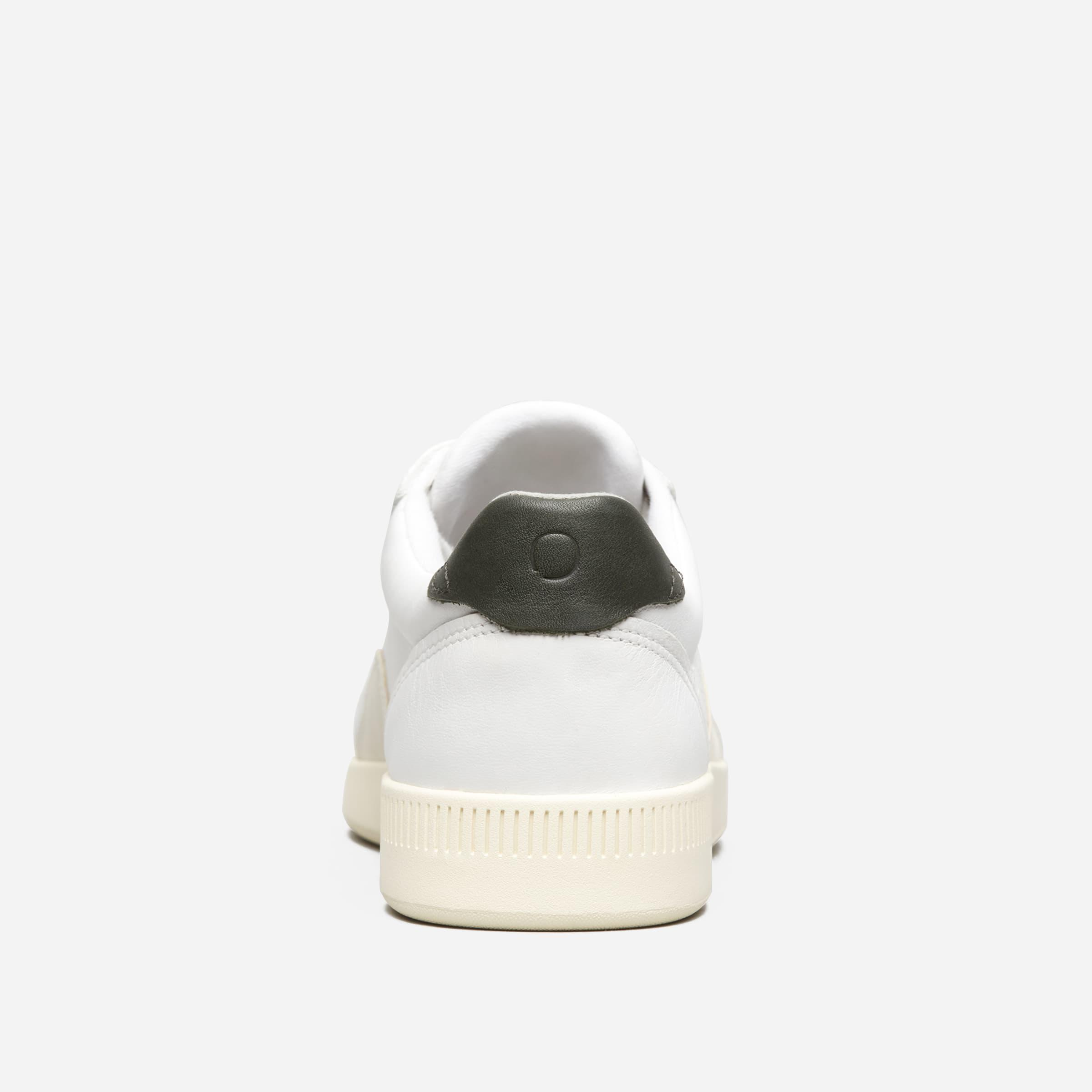 The Court Sneaker 4