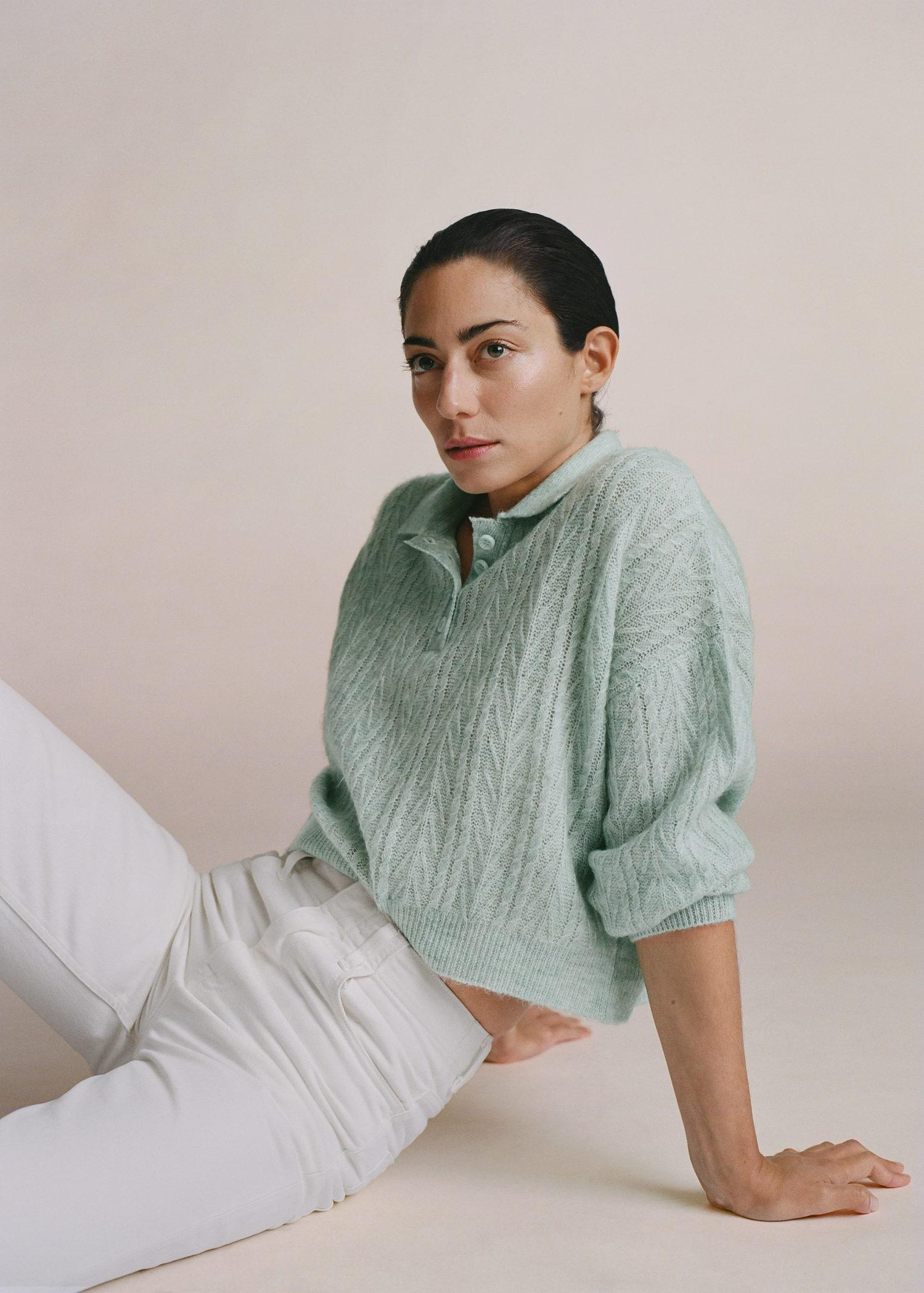 Contrasting knitted polo shirt 6