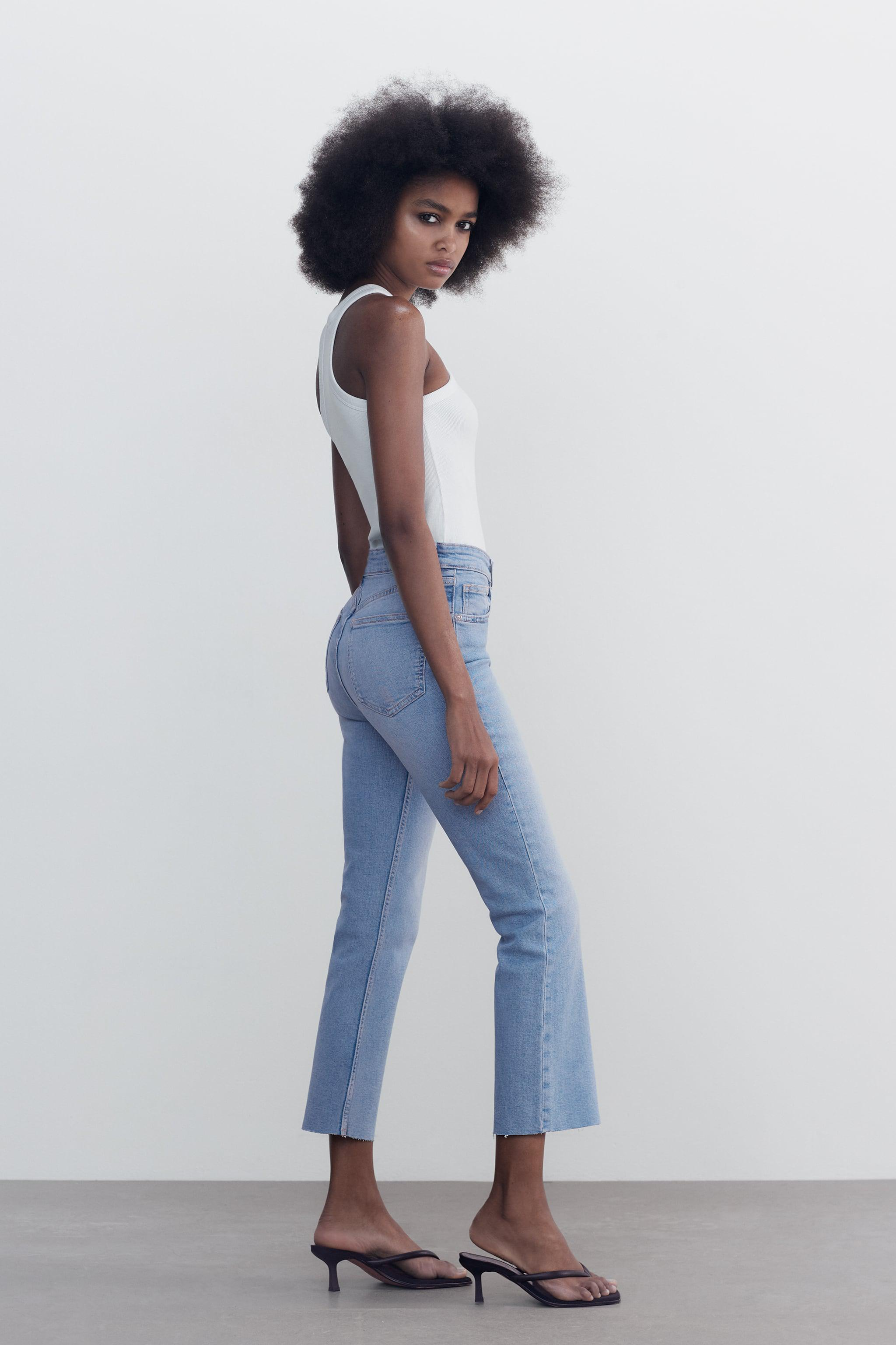 CROPPED FLARE JEANS 3