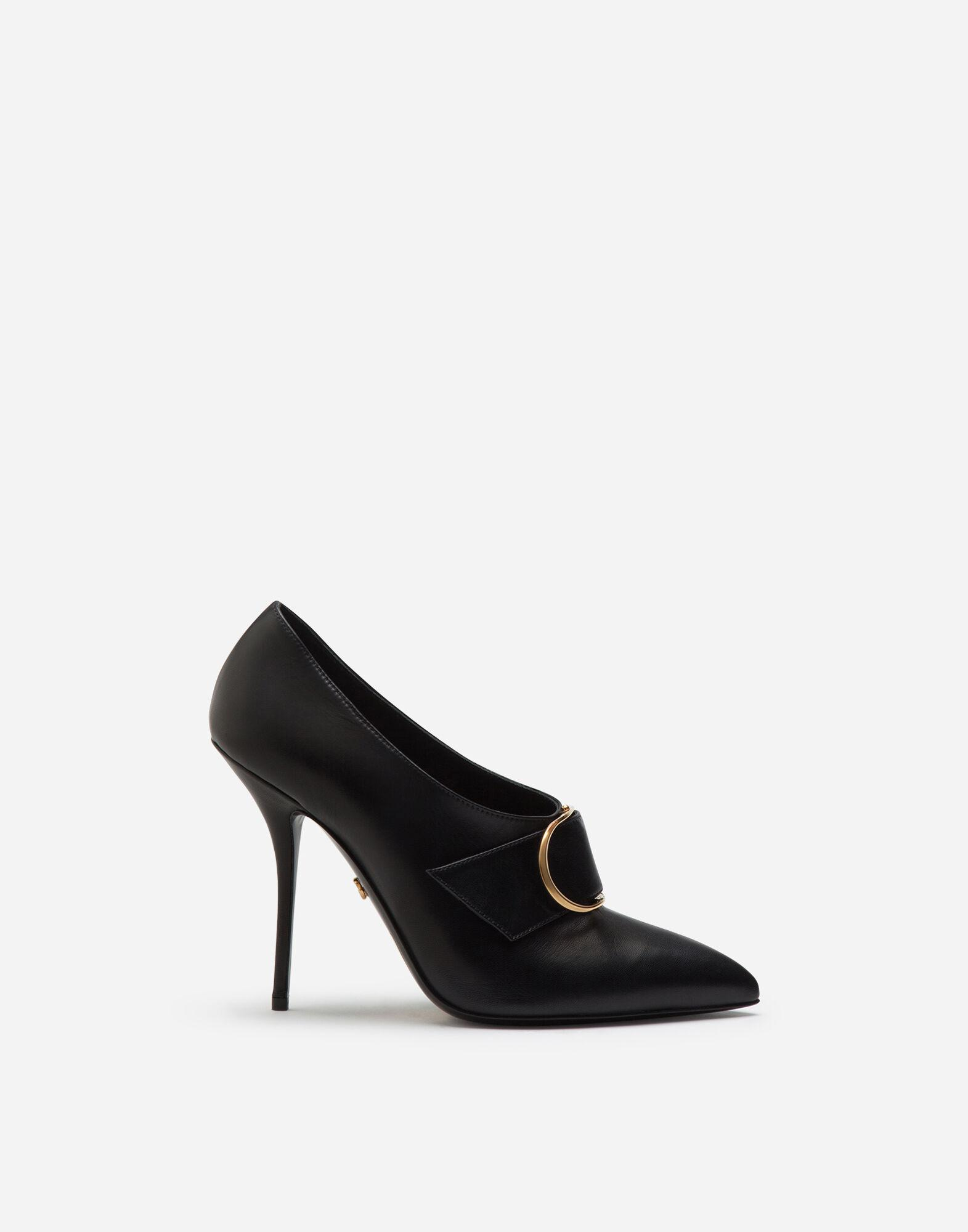 Calfskin pumps with decorative buckle