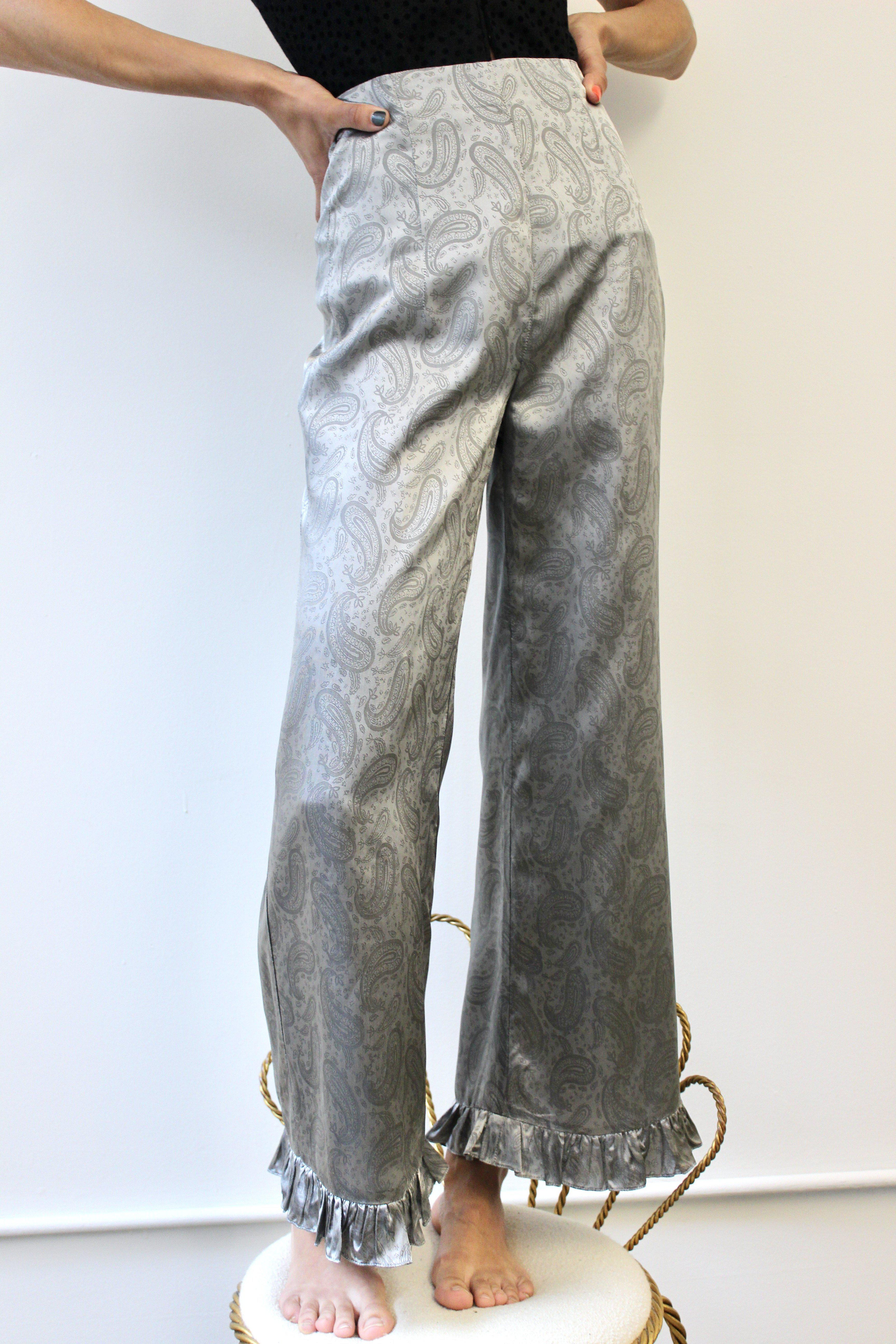 Ruffle Pant in Silver Paisley 1