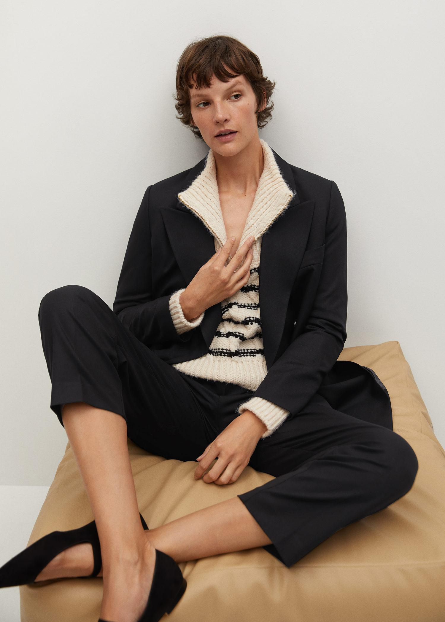 Double-breasted structured blazer 3