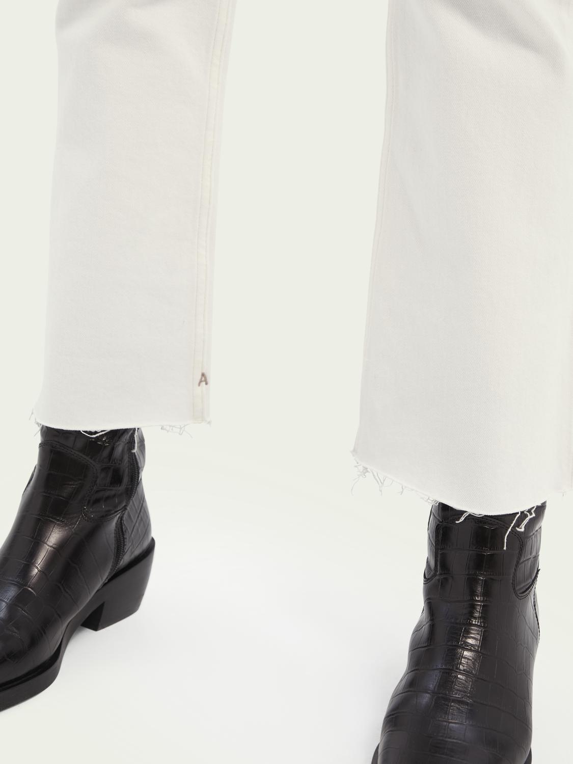 The Kick flared jeans — Summer White 4