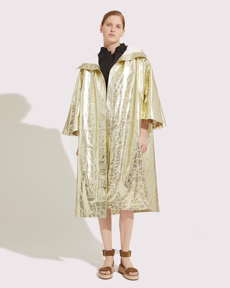 Oversized cape in paper Leather 5