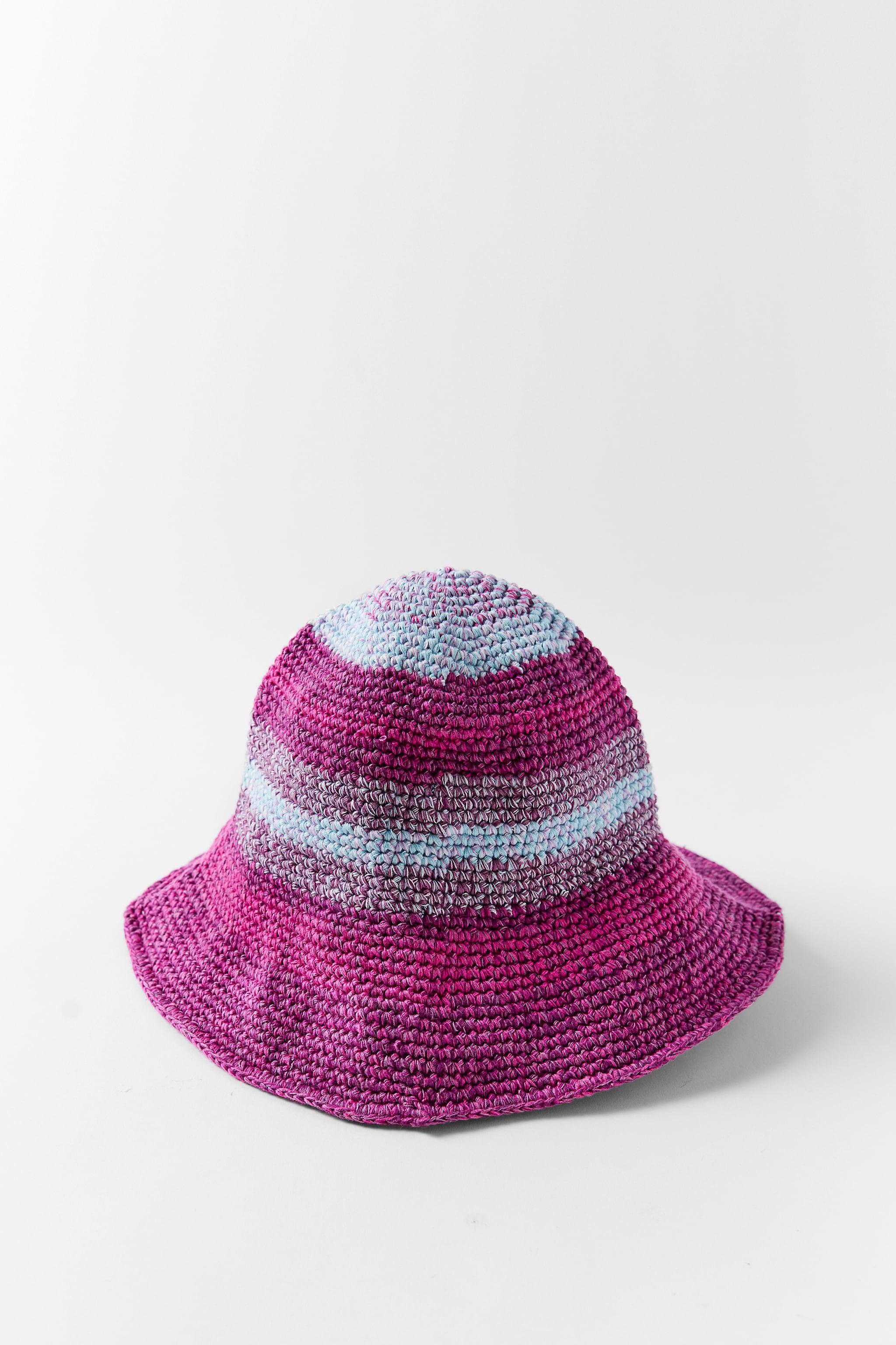 MULTICOLORED CROCHETED HAT 0