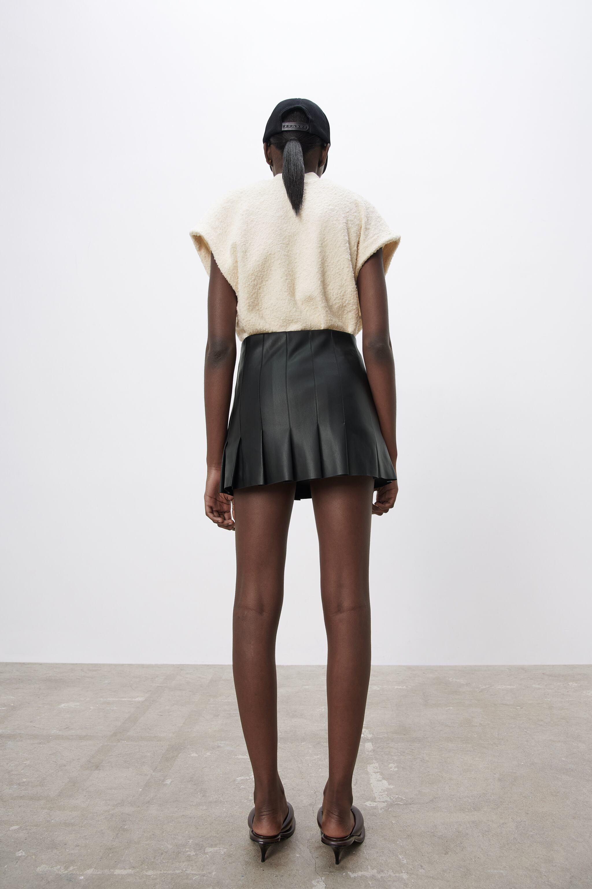 FAUX LEATHER BOX PLEAT SKIRT 5