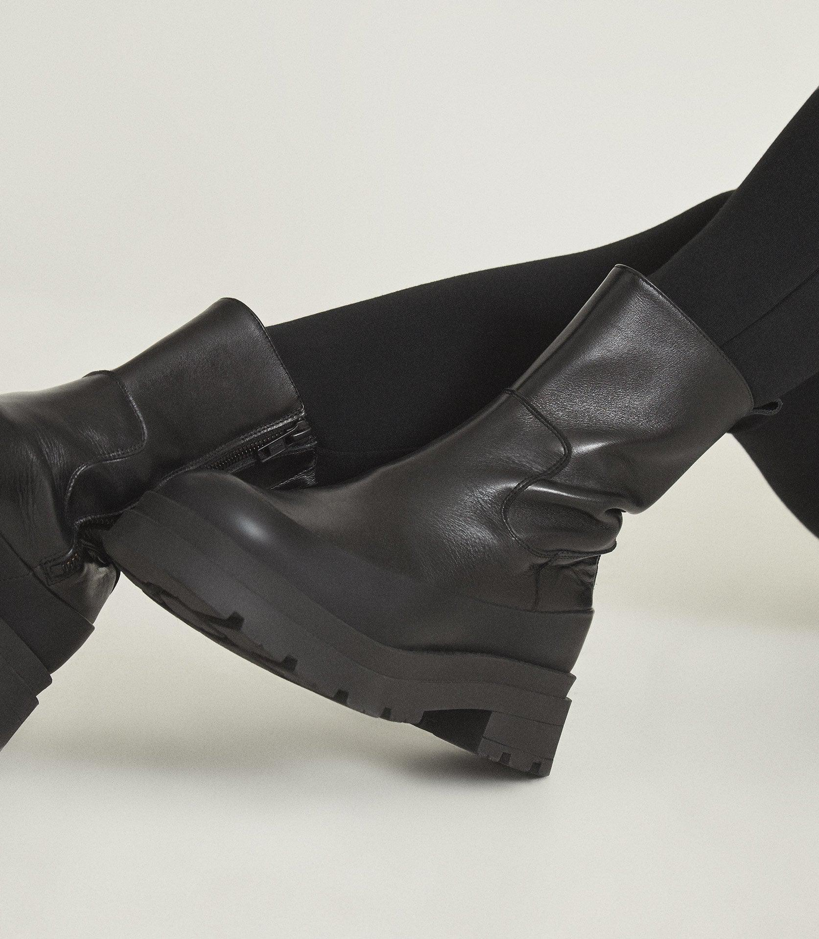 AVE - LEATHER STOMPER BOOTS 4