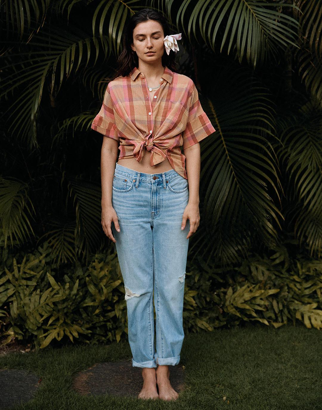 Relaxed Jeans in Cresthaven Wash: Ripped Edition 4