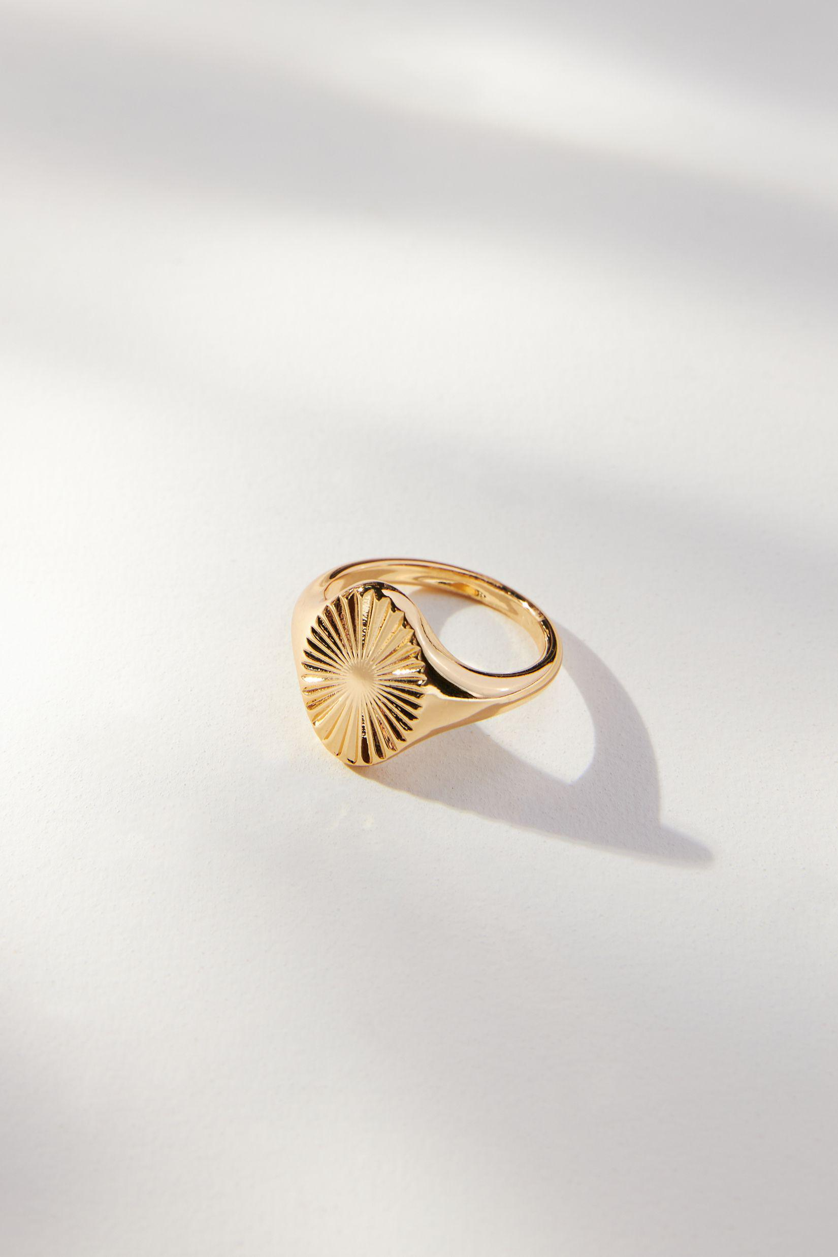 Oval Sigent Ring