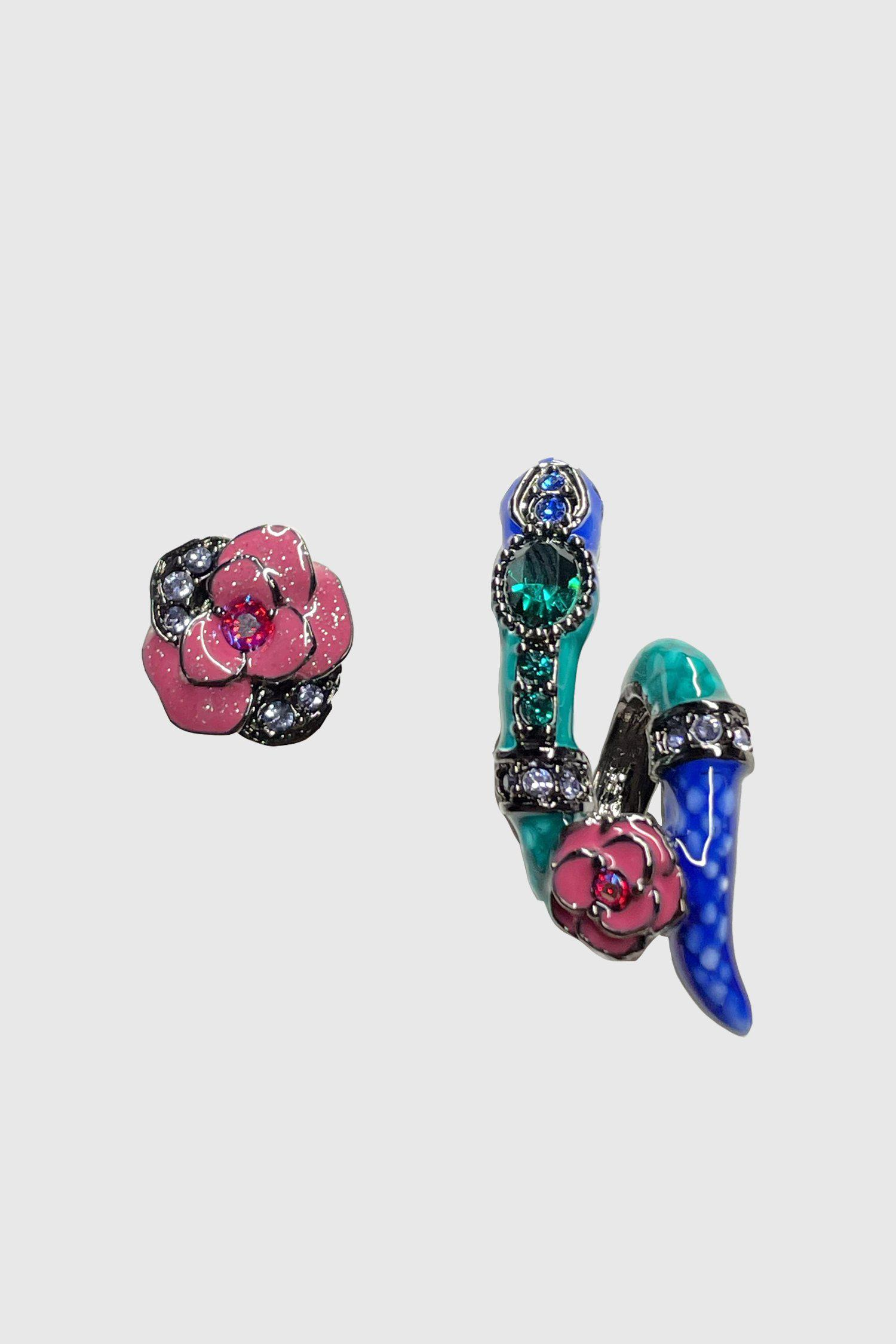 Snake and Rose Mismatched Earrings Black