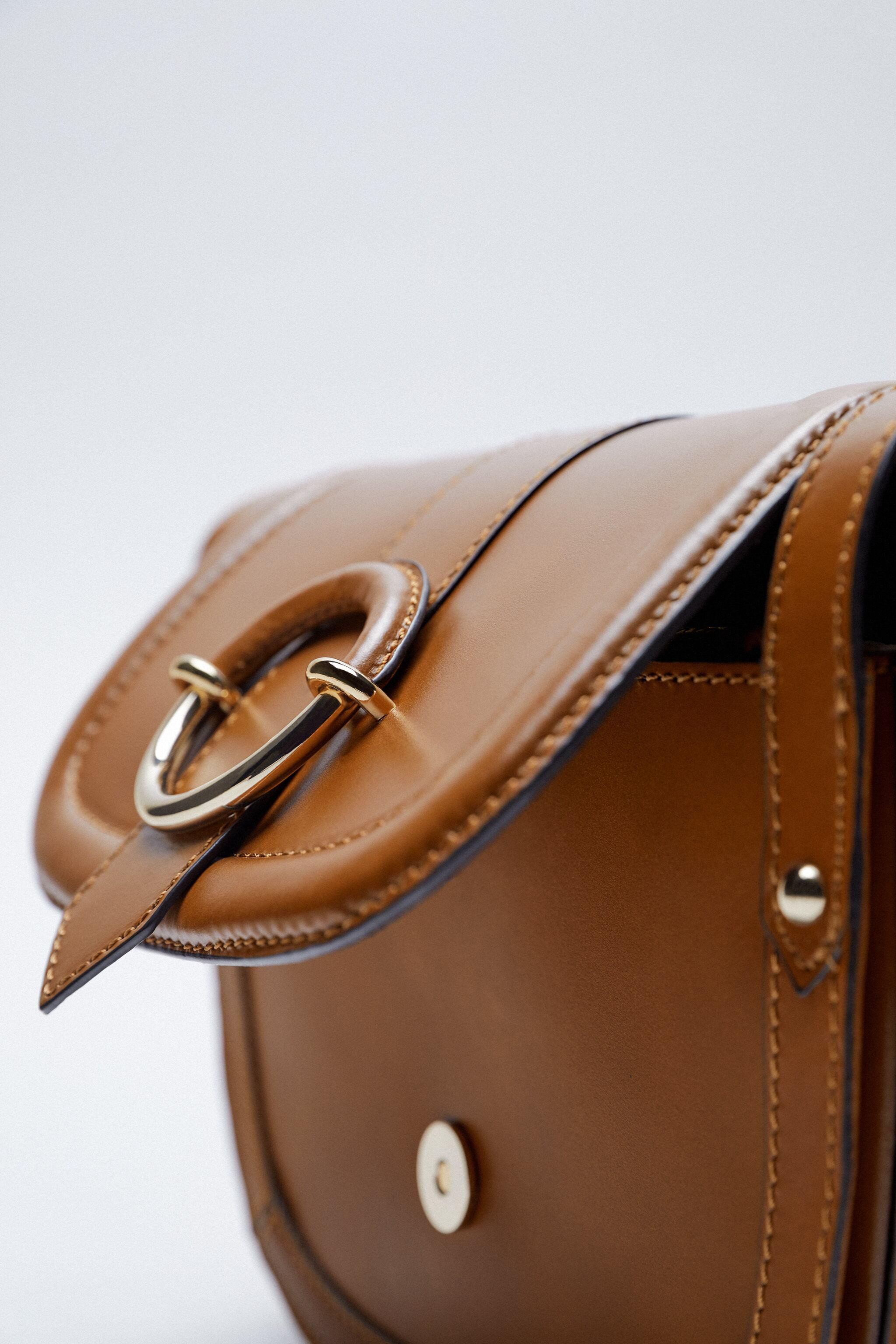OVAL LEATHER CROSSBODY BAG WITH BUCKLE 3
