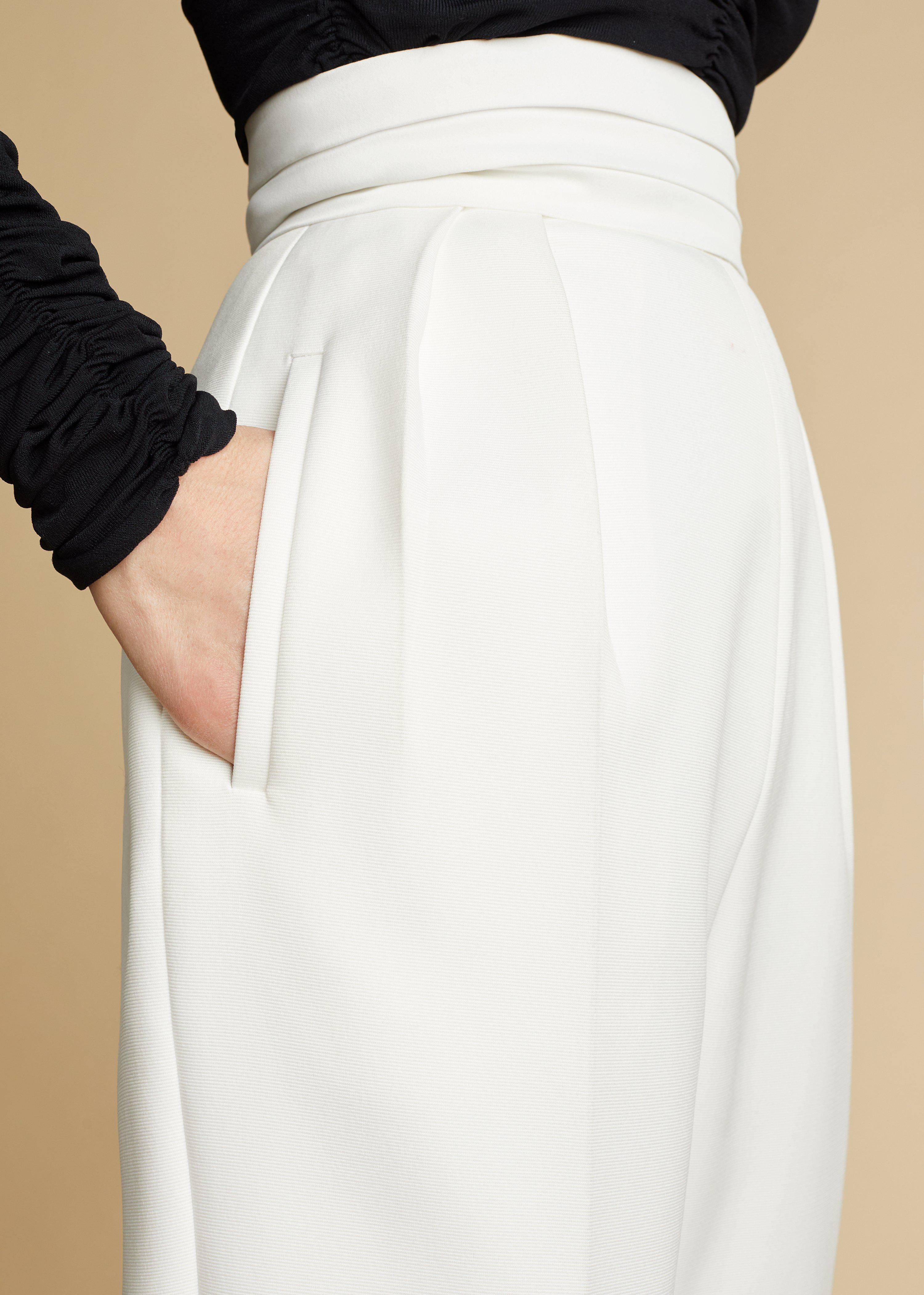 The Connelly Pant in Ivory 4