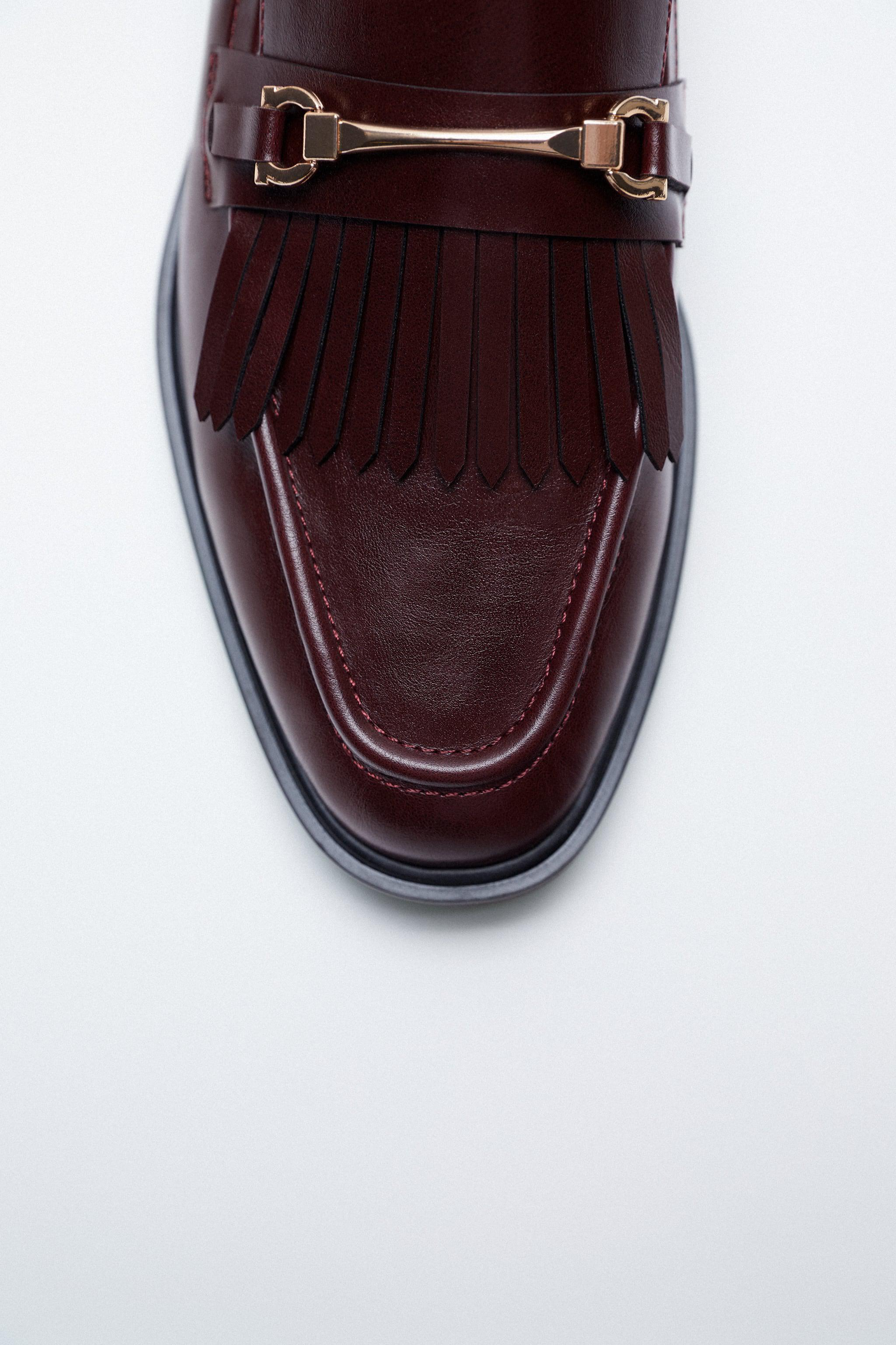 LOW HEEL FRINGED LOAFERS 2