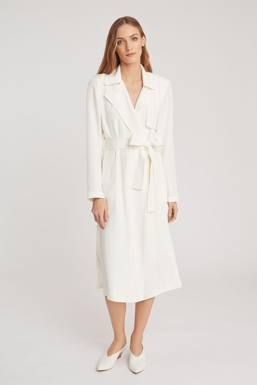 Women's Silk Classic Trench in White | Size: 2