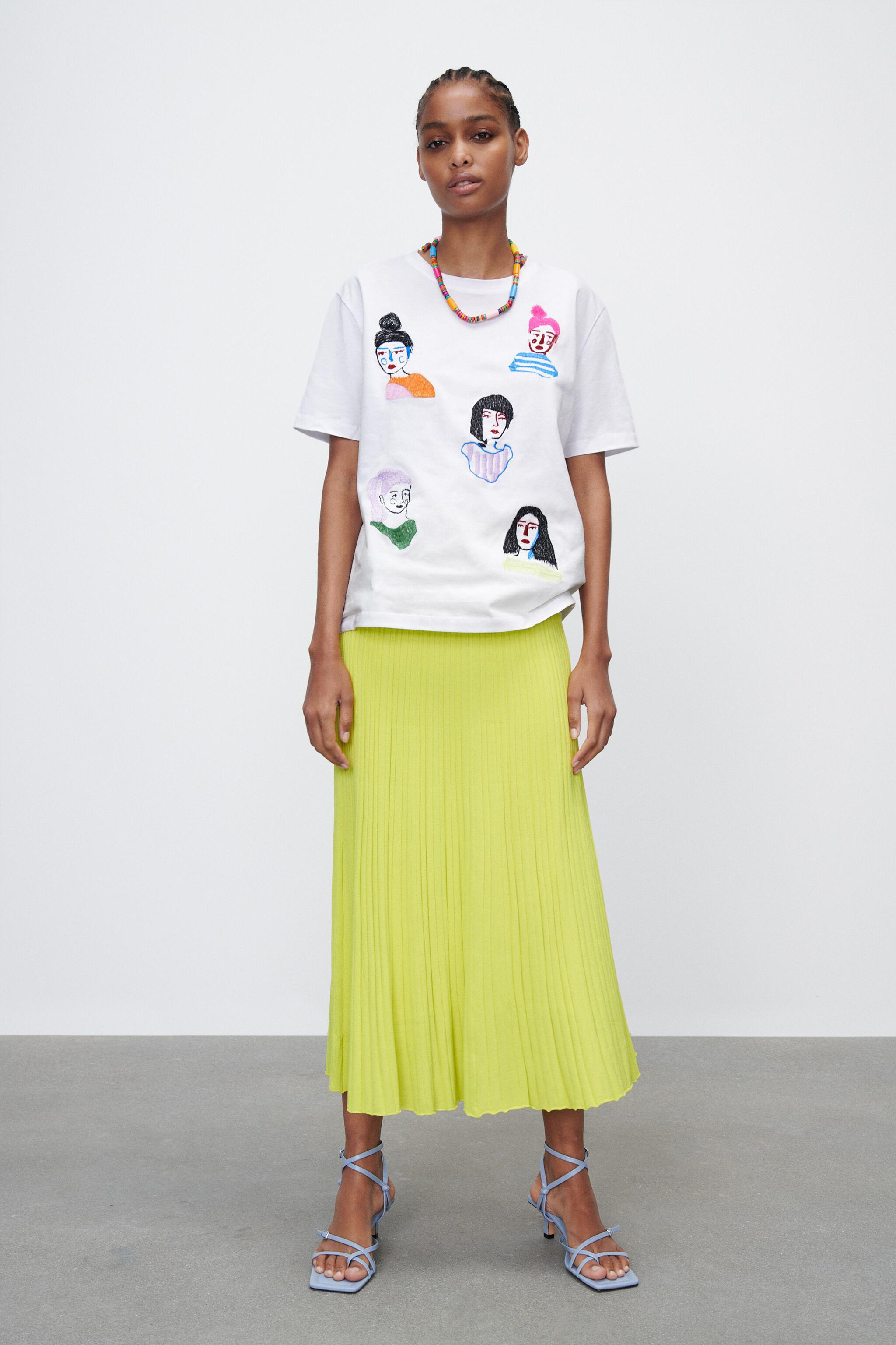 GIRL EMBROIDERY T-SHIRT