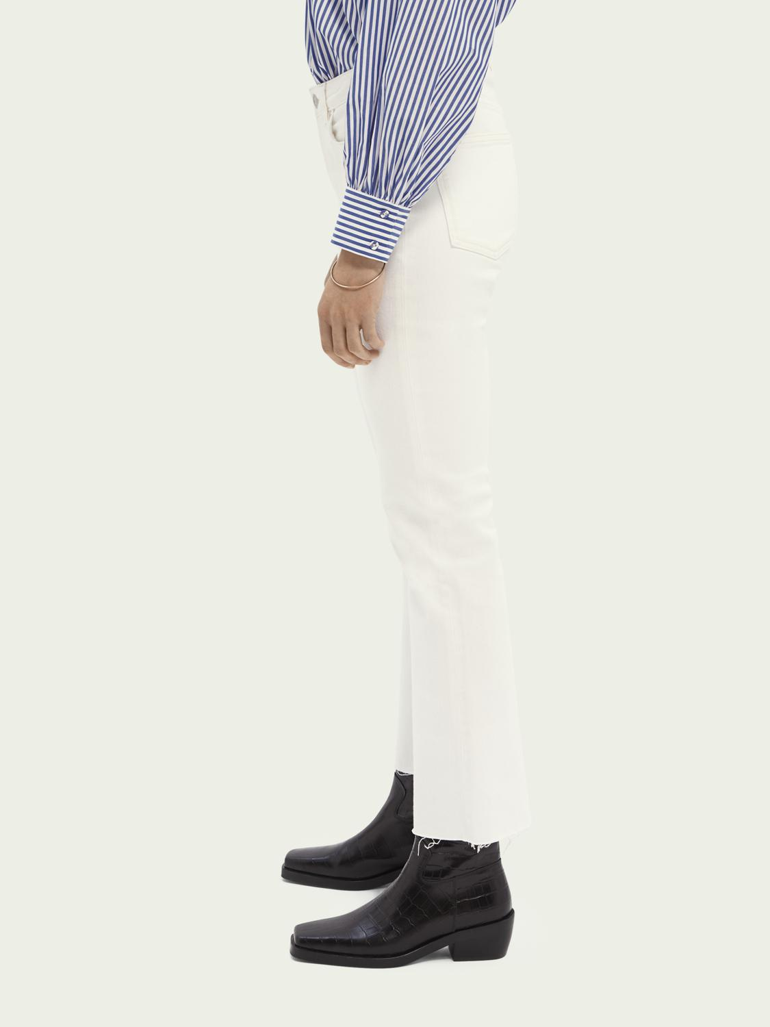 The Kick flared jeans — Summer White 3
