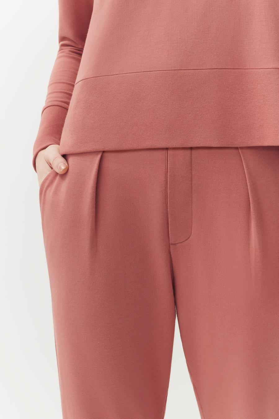 Women's French Terry Pleated Front Pant in Passion Fruit | Size: 4