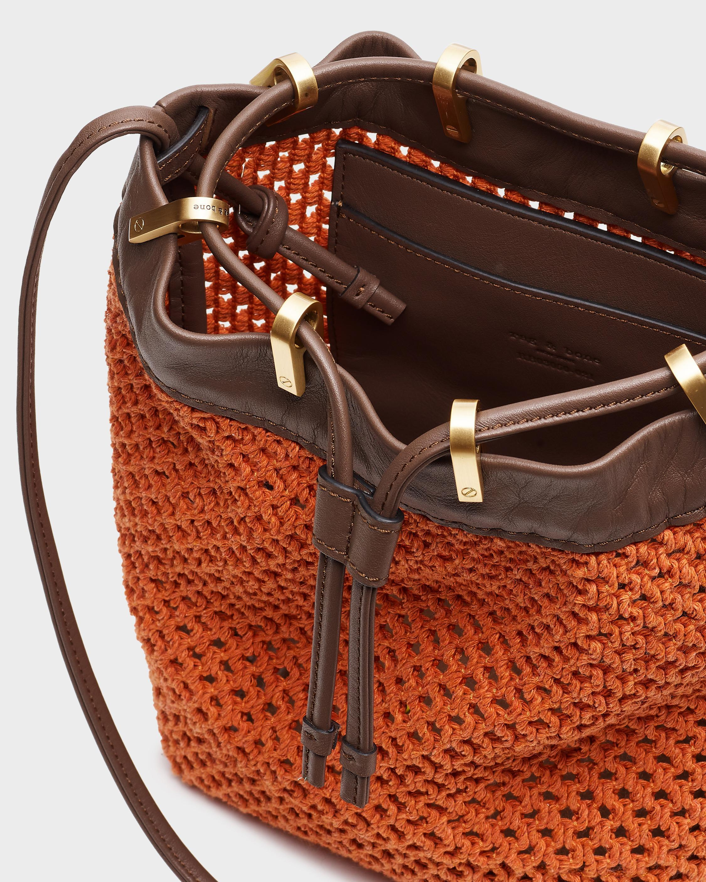 Summer dayton drawstring bag - leather and recycled materials 2
