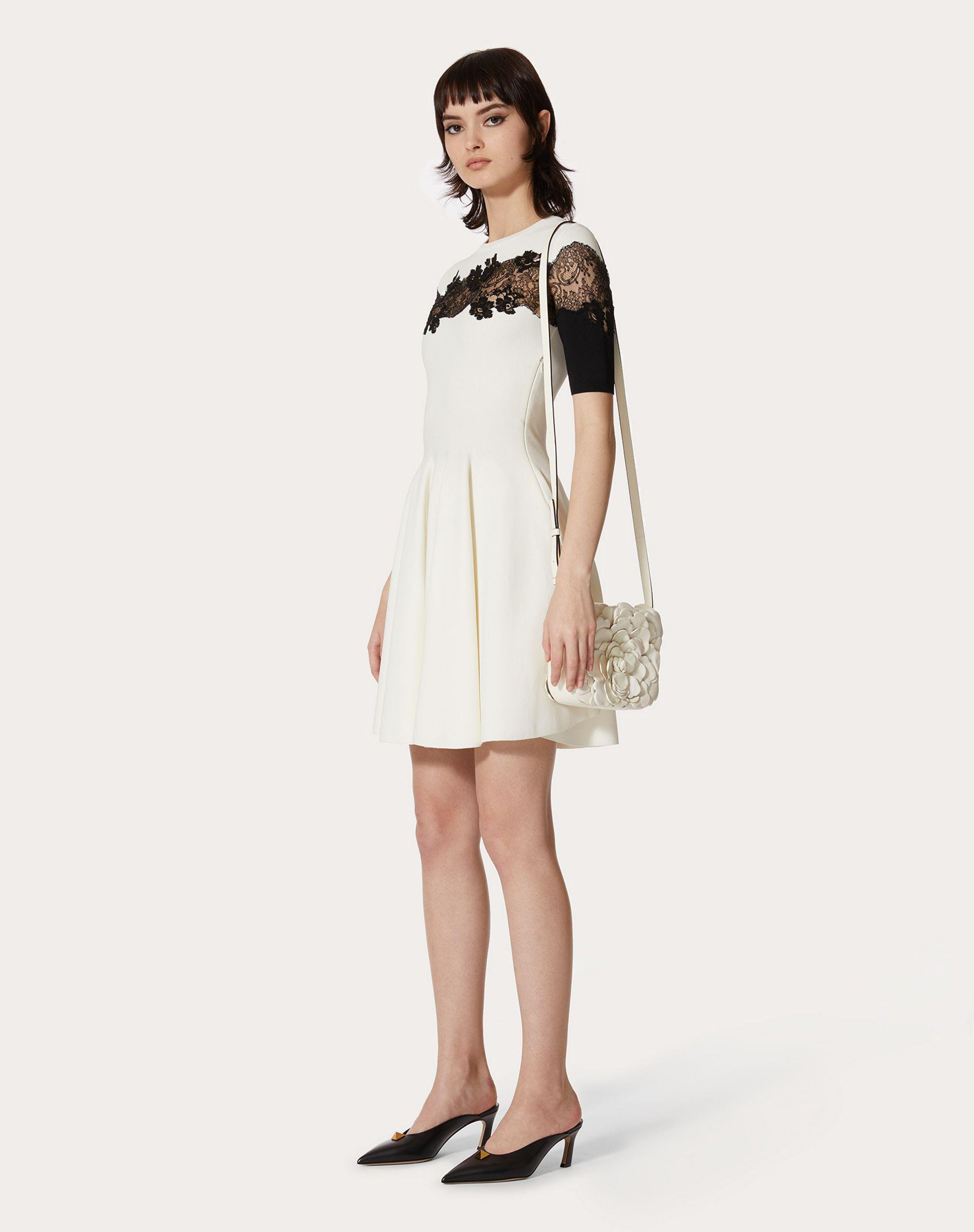 JERSEY DRESS IN STRETCHED VISCOSE AND LACE