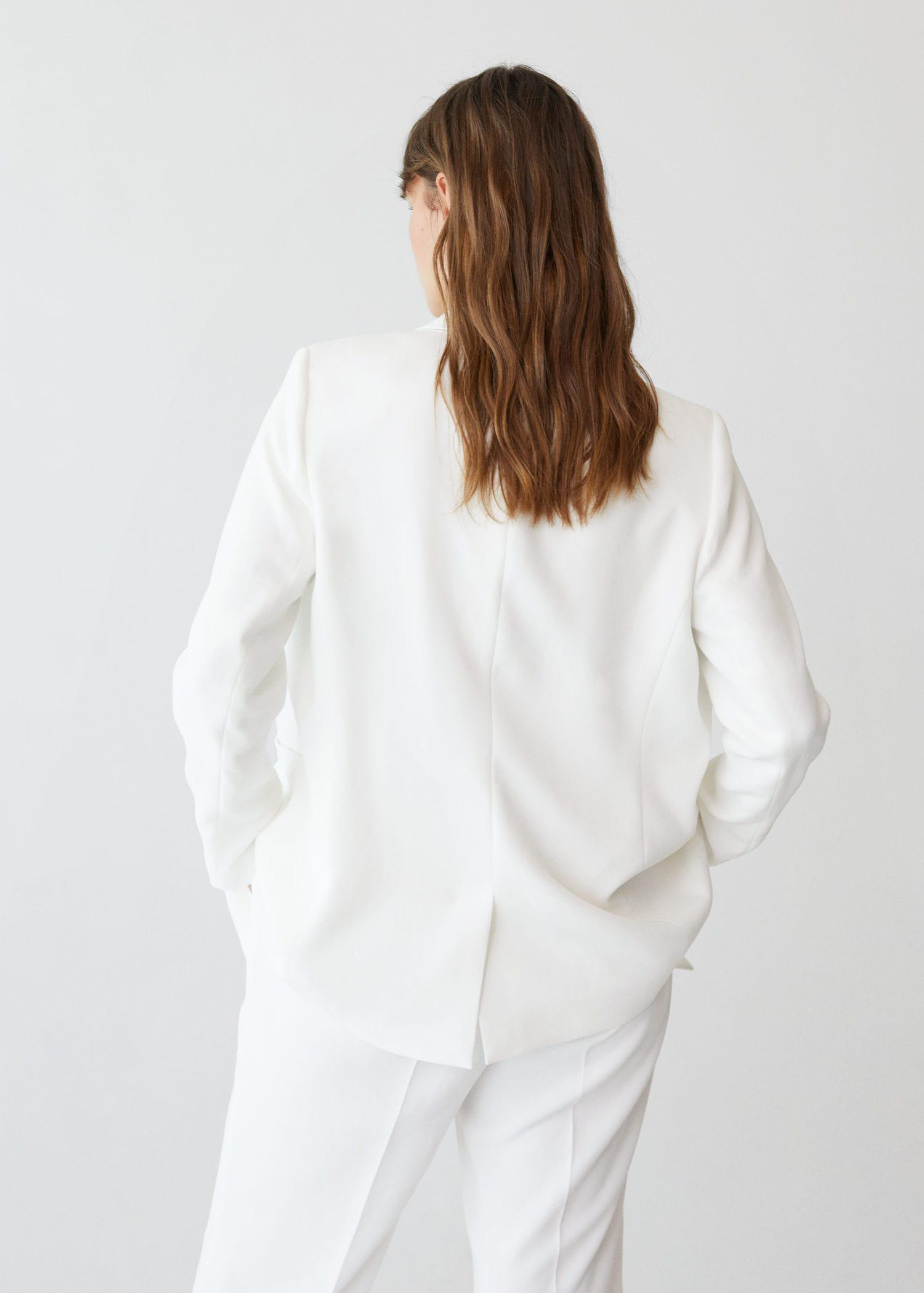 Double-breasted structured blazer 2