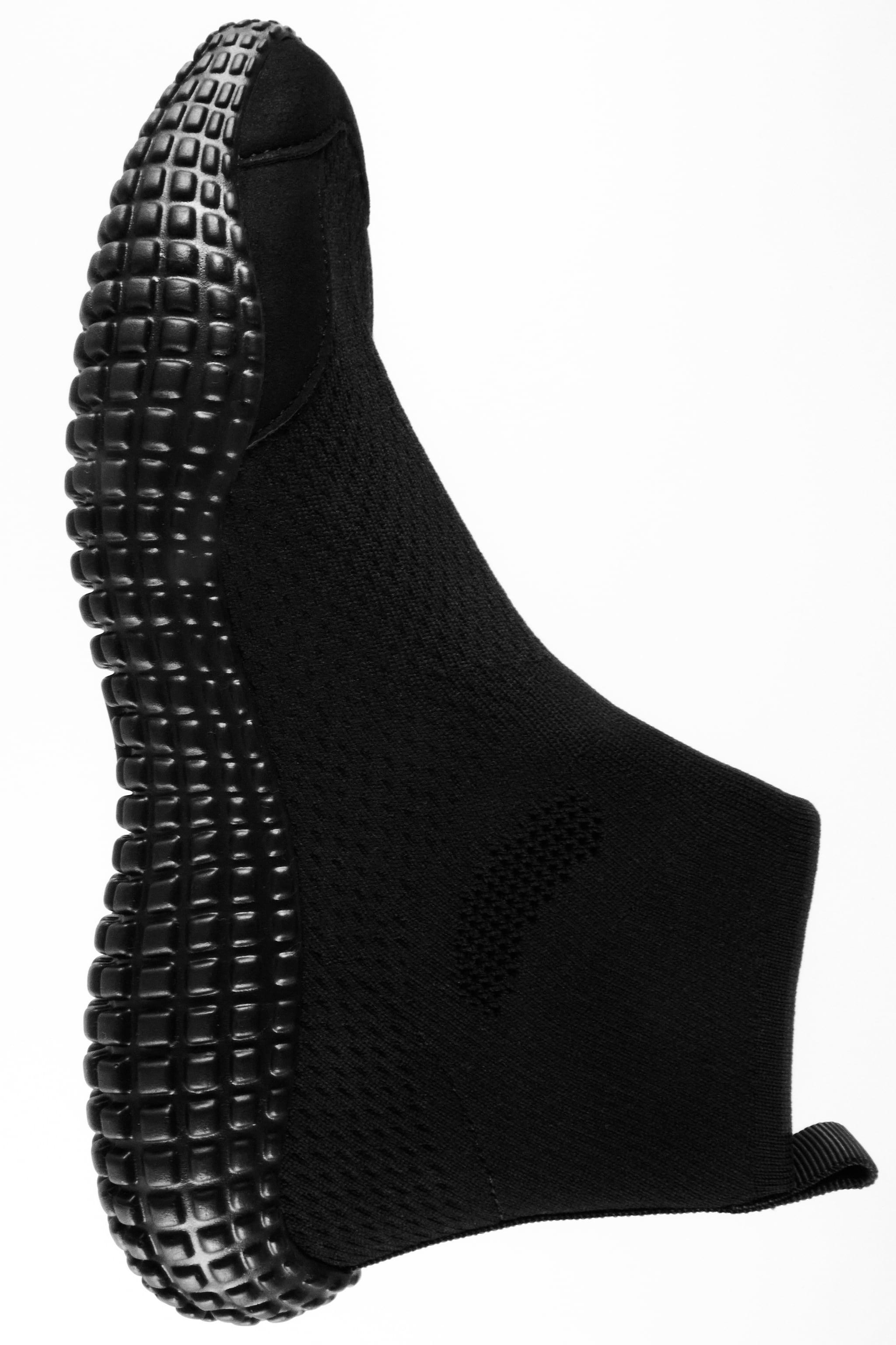 SOCK-STYLE HIGH TOP SNEAKERS