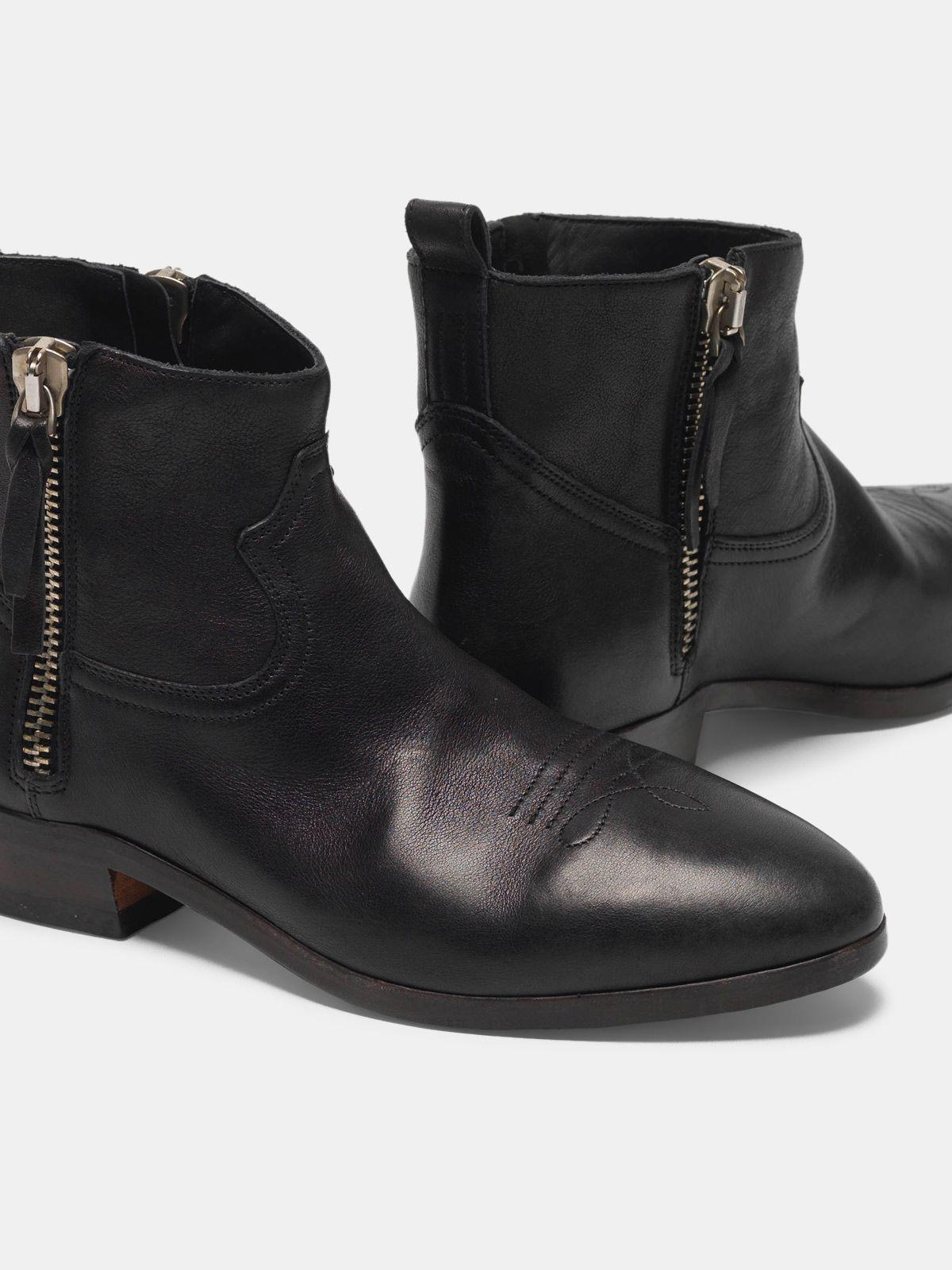 Viand ankle boots in leather with cowboy-style decoration 3